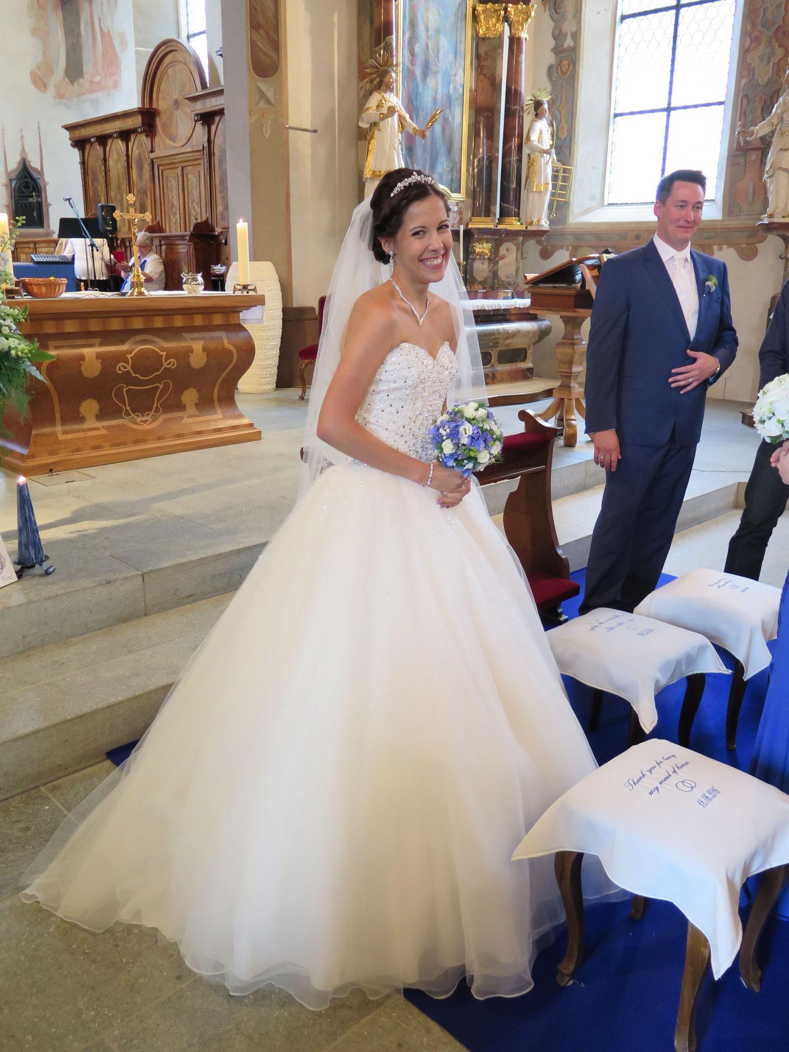 """Das Schlussgebet: """"Wir bitten Dich, gütiger Gott, weil wir Dir vertrauen: Segne dieses Brautpaar!"""""""