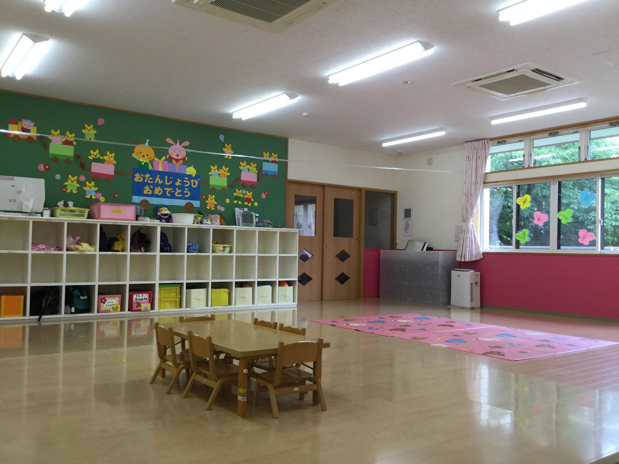 にゃんにゃん組(1歳児)のお部屋