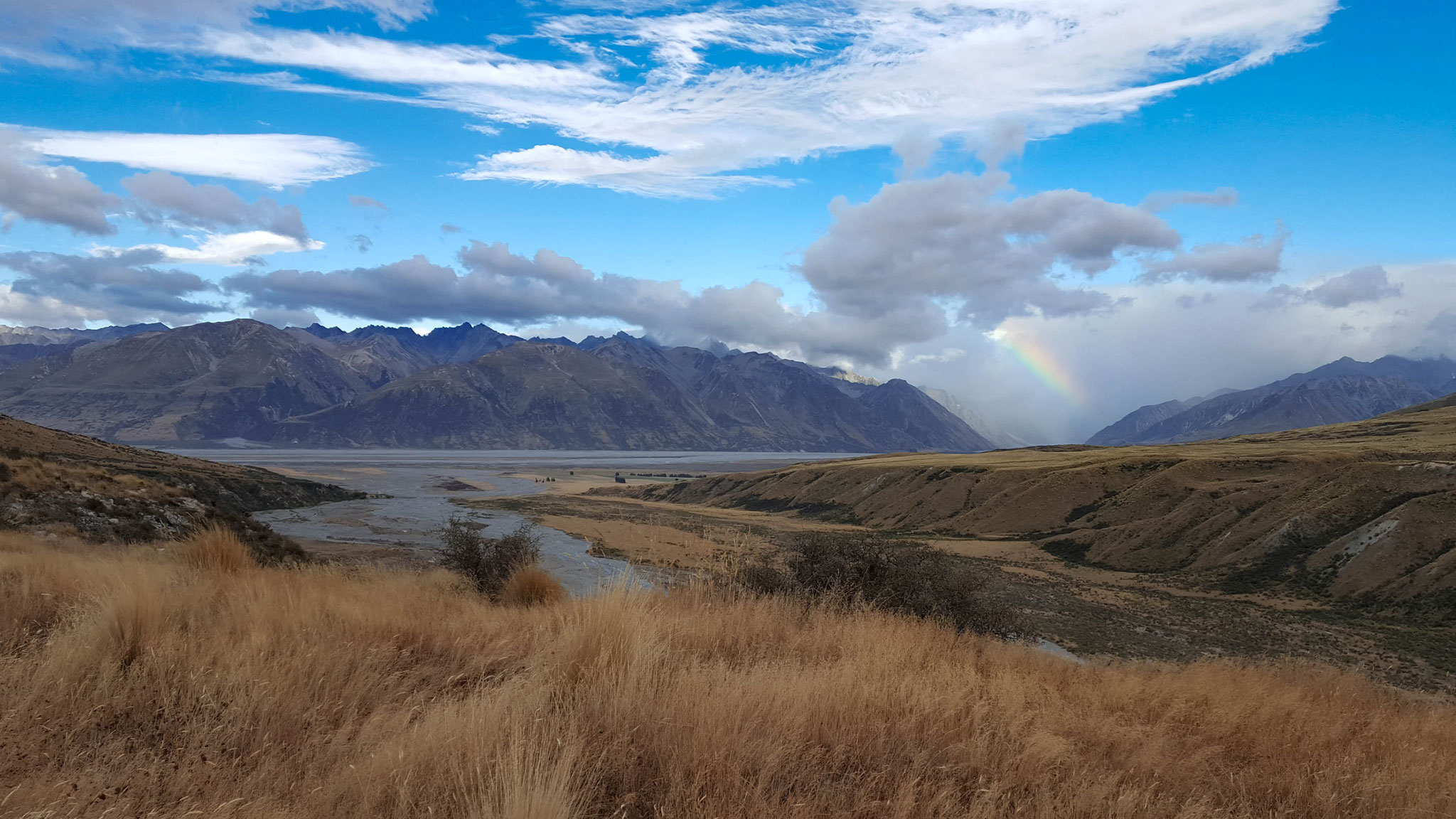 Te Araroa starker Regen in der Main Divide und dem Ursprung des Rangitata River