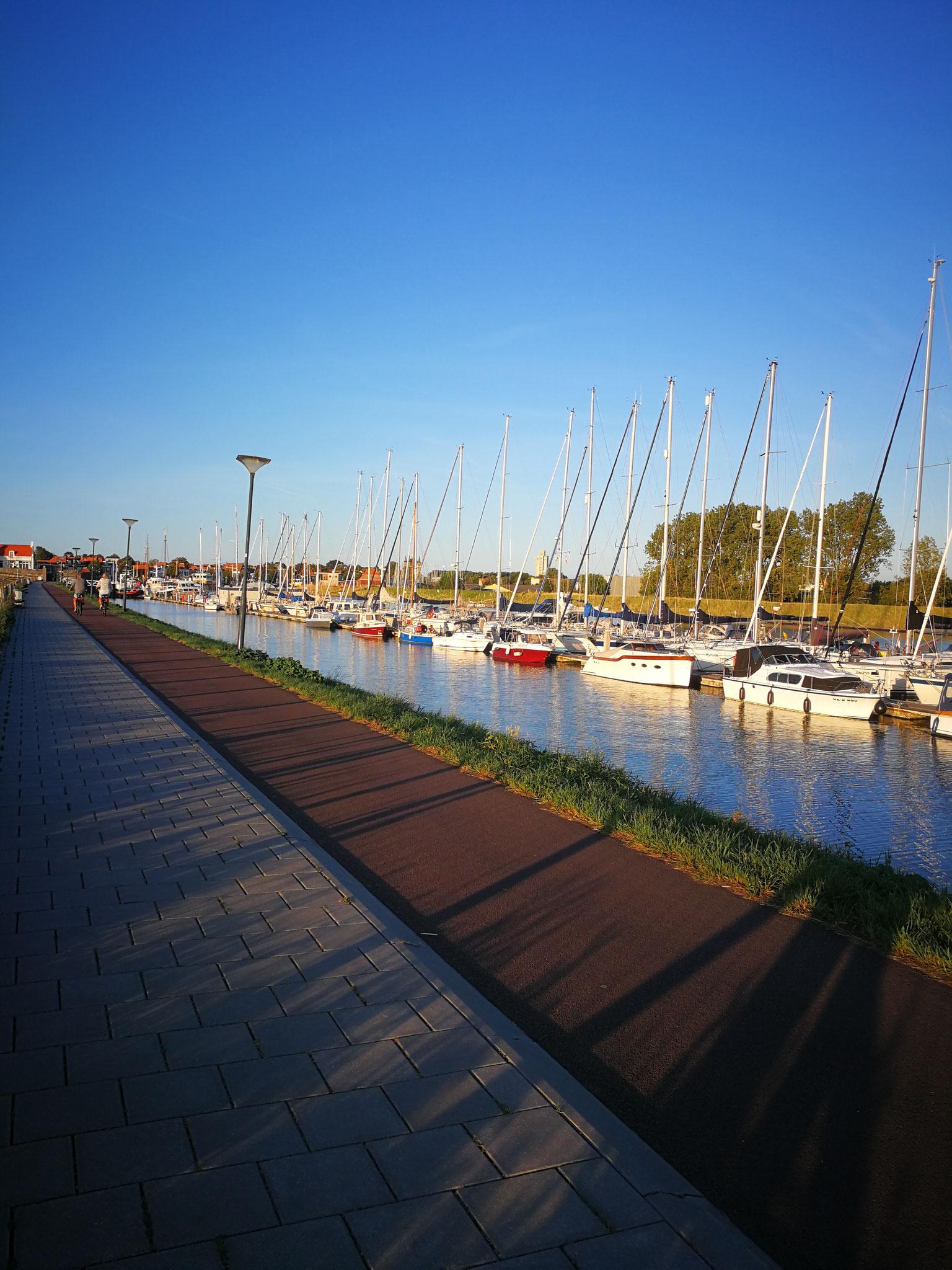 Der Hafen von Zierikzee-NL