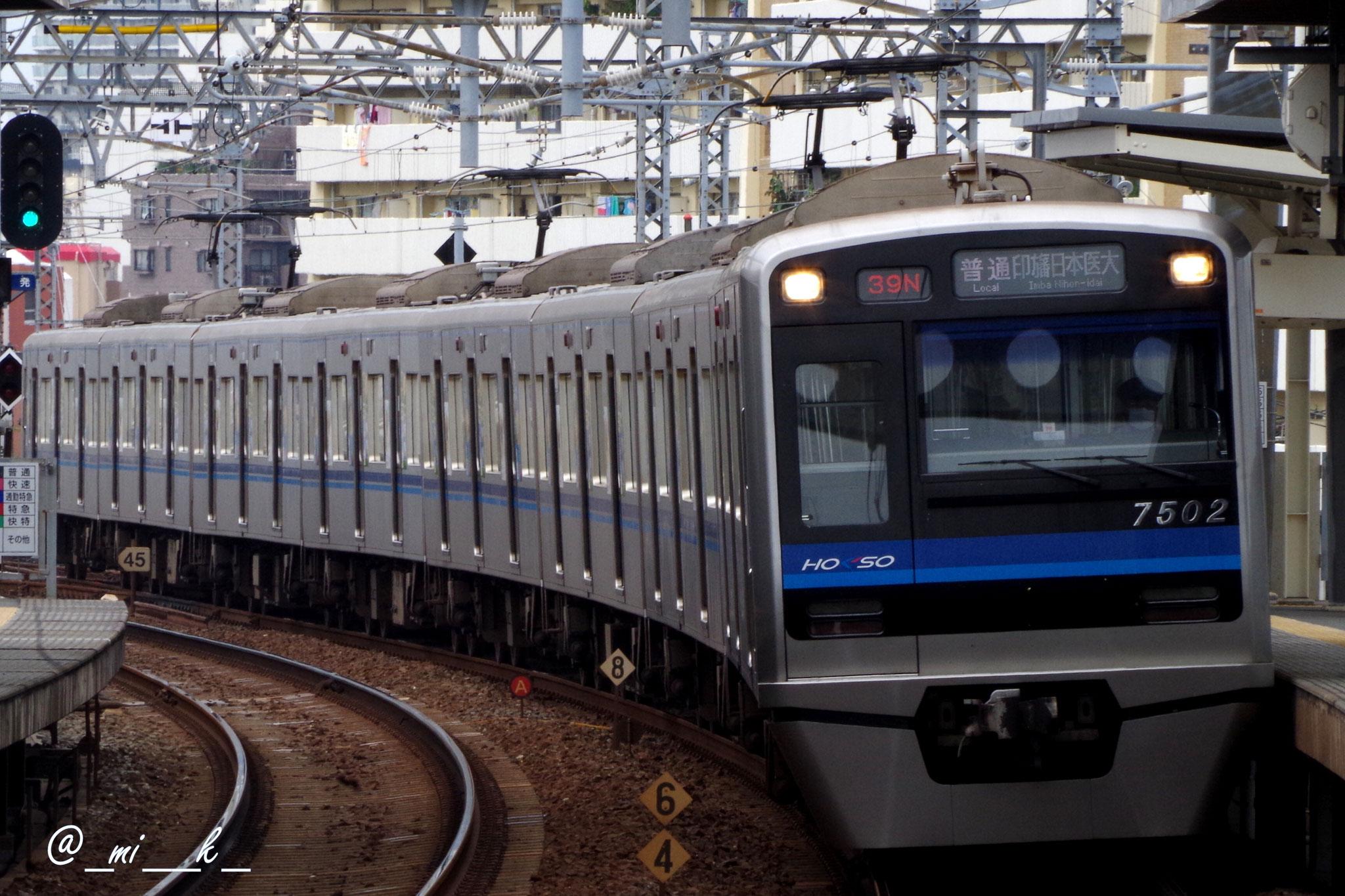 京成グループの標準車体での登場。千葉ニュータウン鉄道の9200形とも同一設計。
