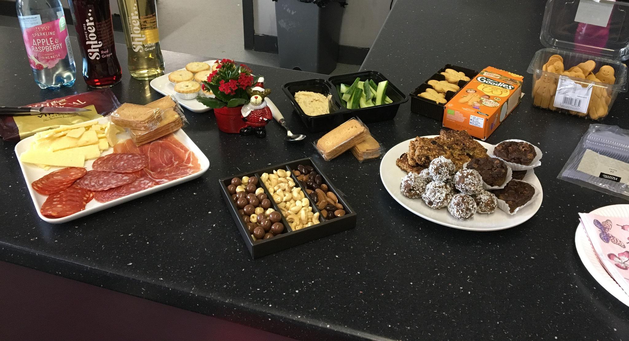 Xmas Nibbles - homemade healthy snacks!