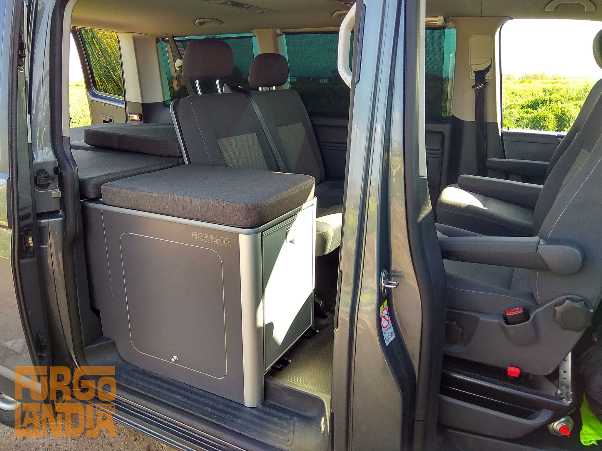 Camperización Volkswagen T5 Caravelle/ Transporter Shuttle
