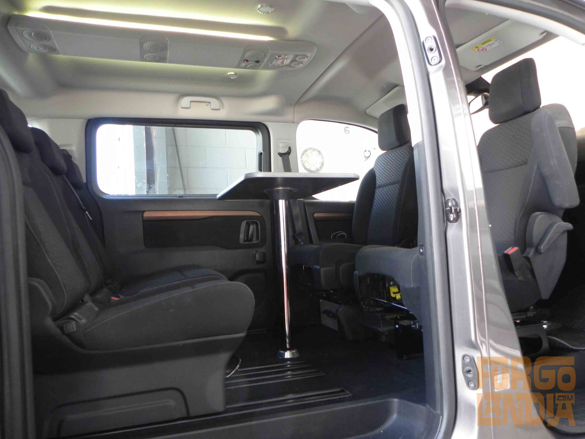 Camperización Toyota Proace / Citroën Spacetourer / Peugeot Traveller