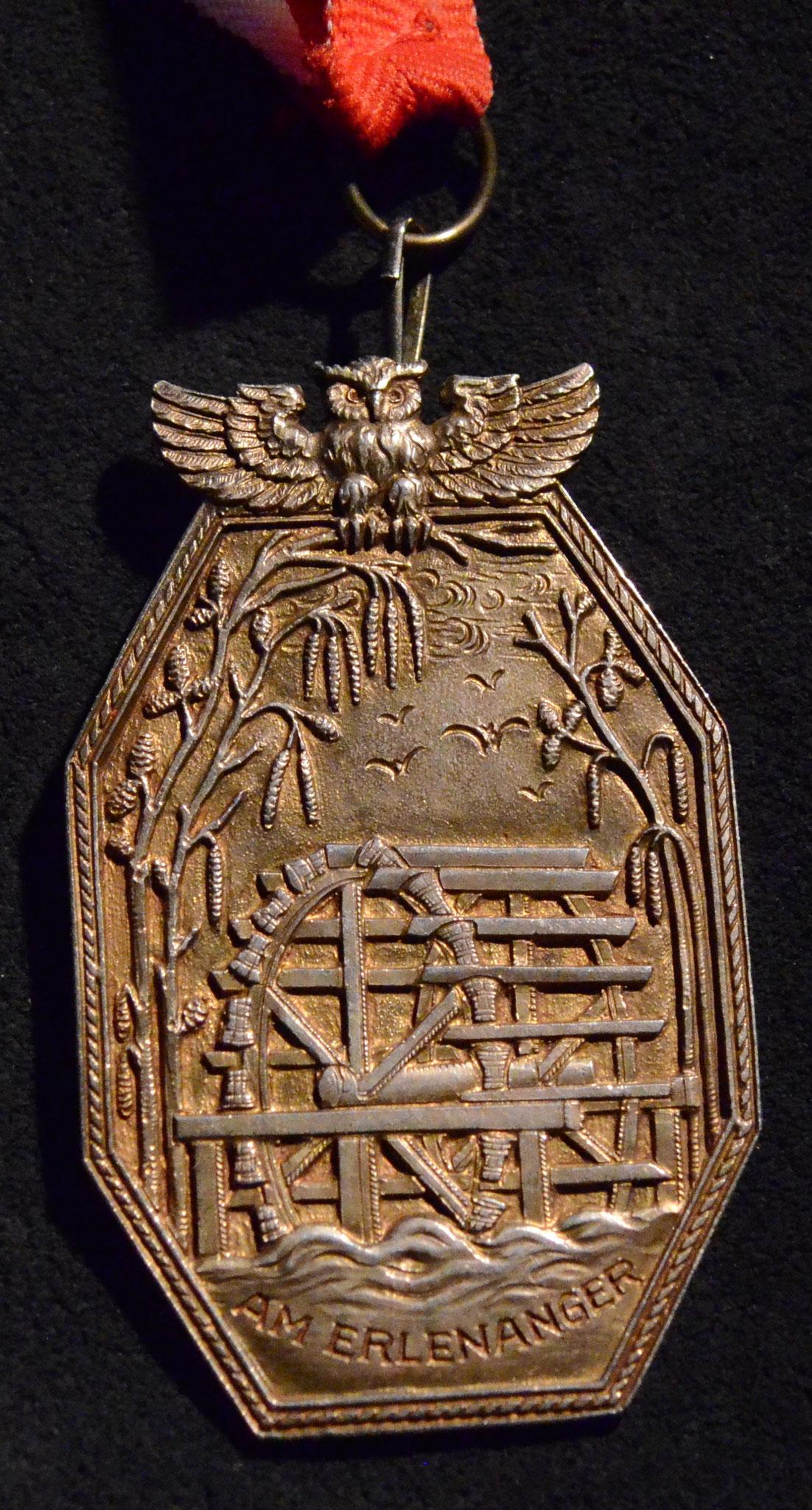Wasserrad in Gold, Ausrittsorden, gest. Rt. Armin a.U. 97, 558. Sippung