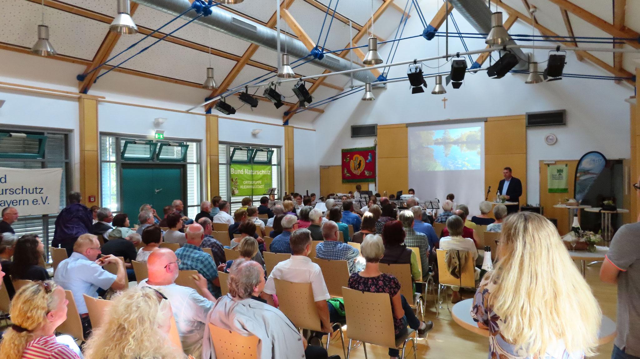 Etwa 110 Gäste nahmen an dem Festakt in der Braunwarthsmühle teil