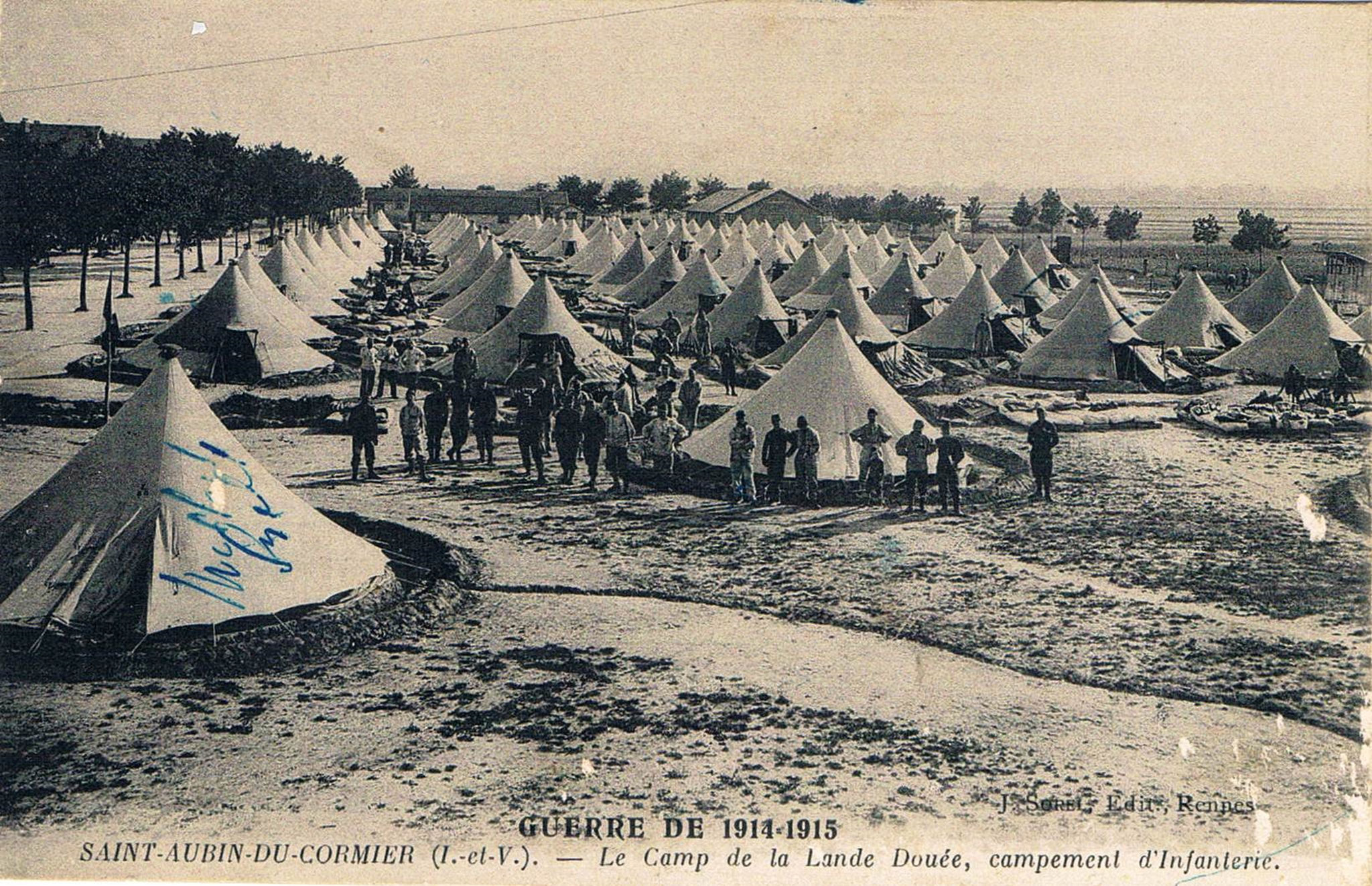 Saint-Aubin-du-Cormier le camp de la Lande-Douée