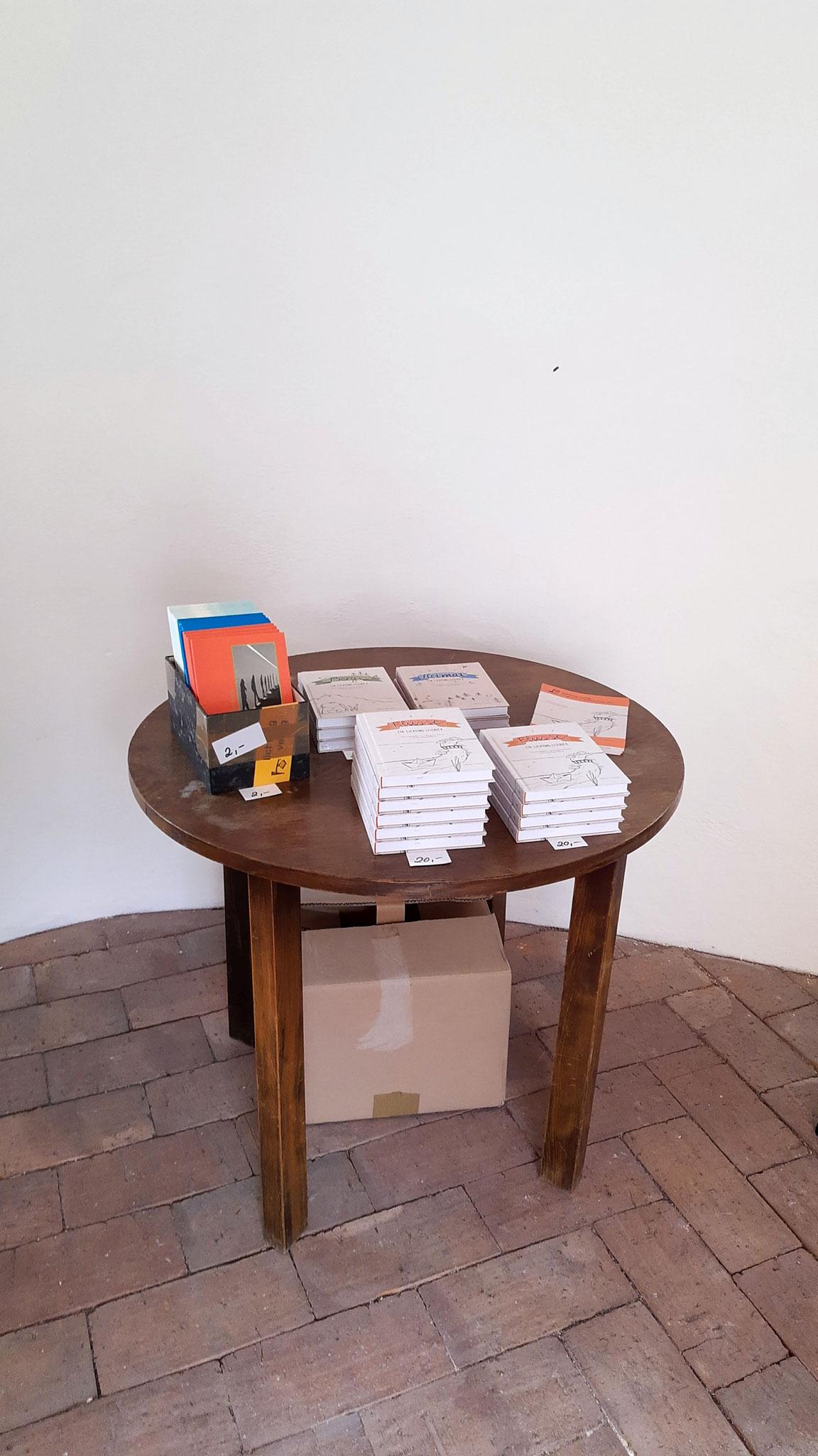 Büchertisch in der Kapelle des Oberpfälzer Volkskundemuseums