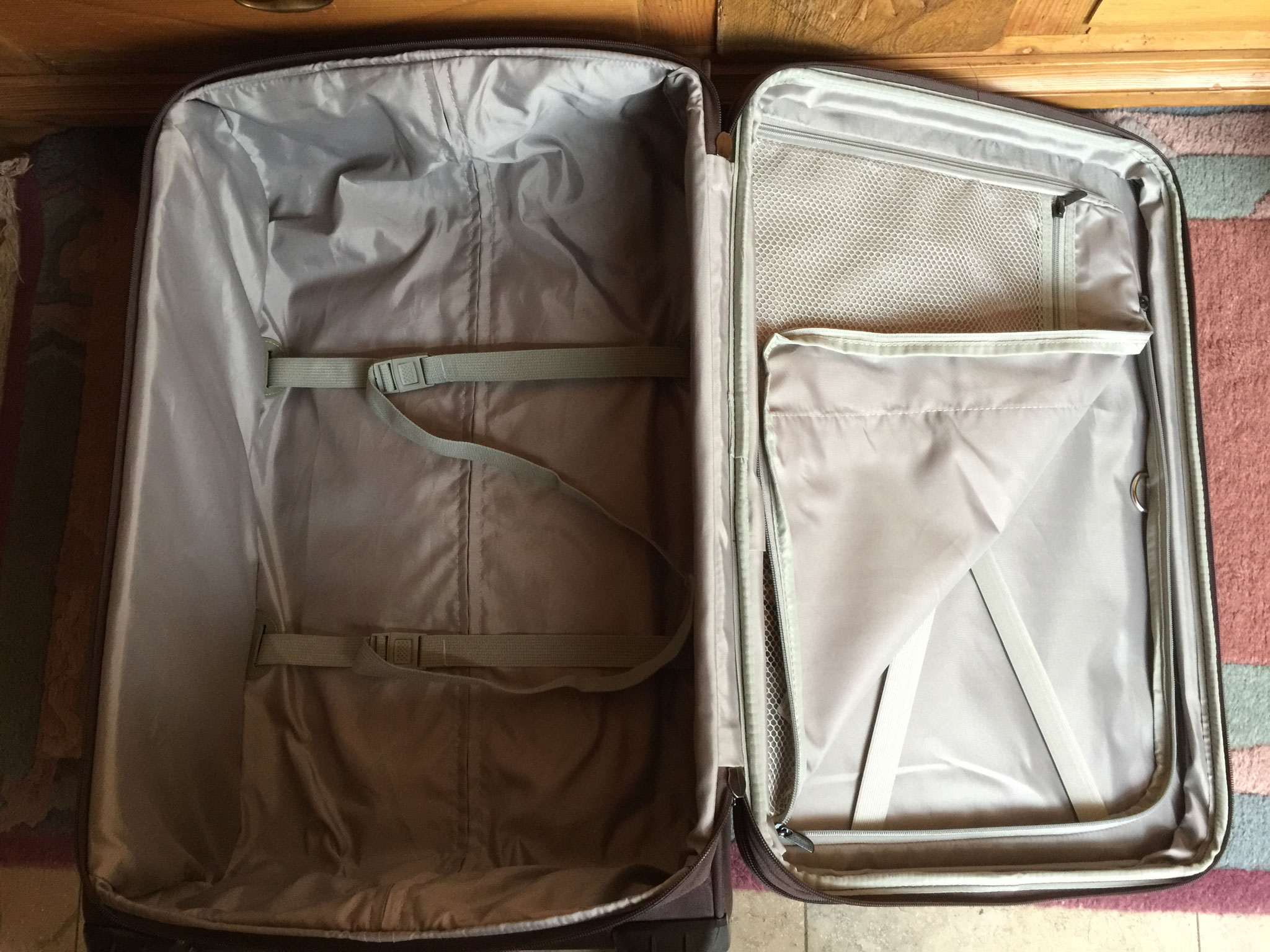 Mittlerer Koffer