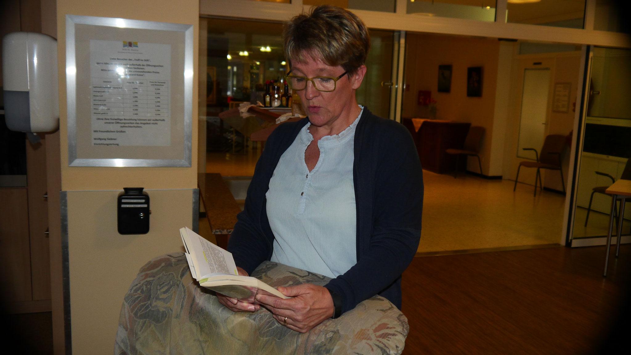 Susanne Horn liest aus Zeit zu reden: Hunsrücker erinnern sich