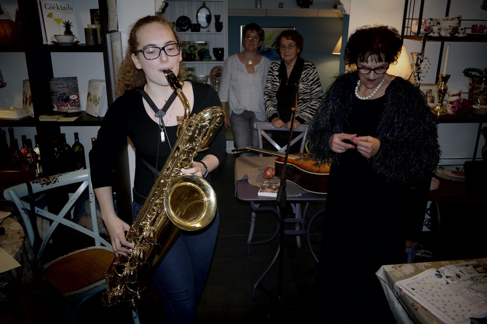 Nina Seipel begeisterte mit ihren Jazzimprovisationen