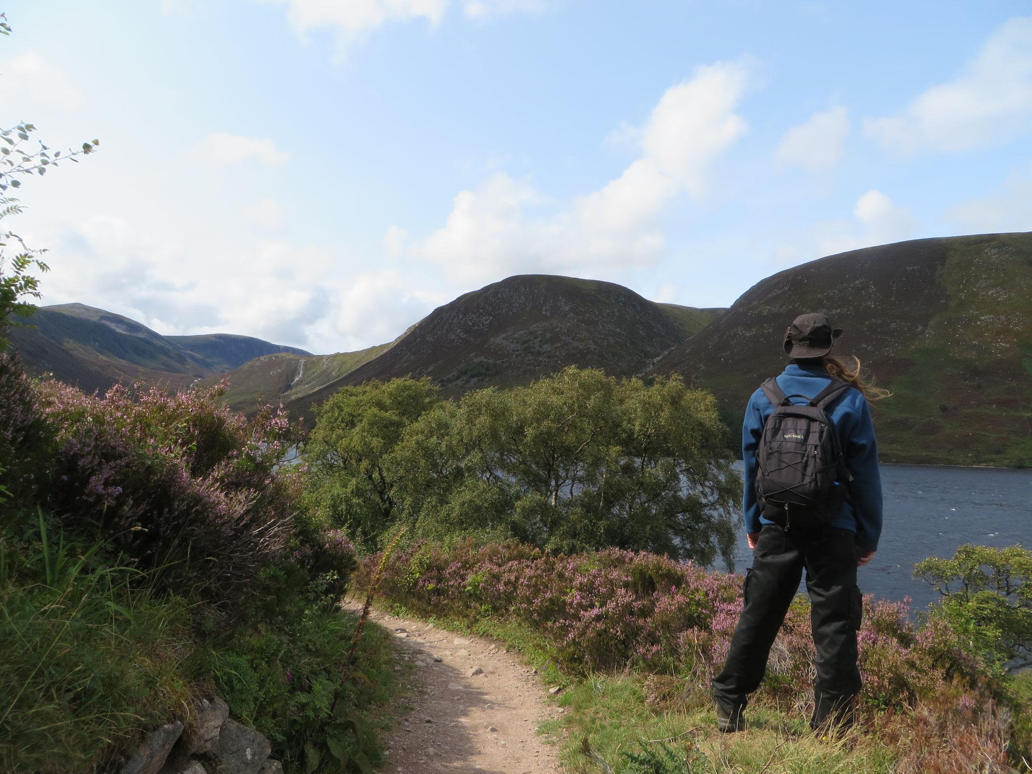 Wanderung um den Loch Muick