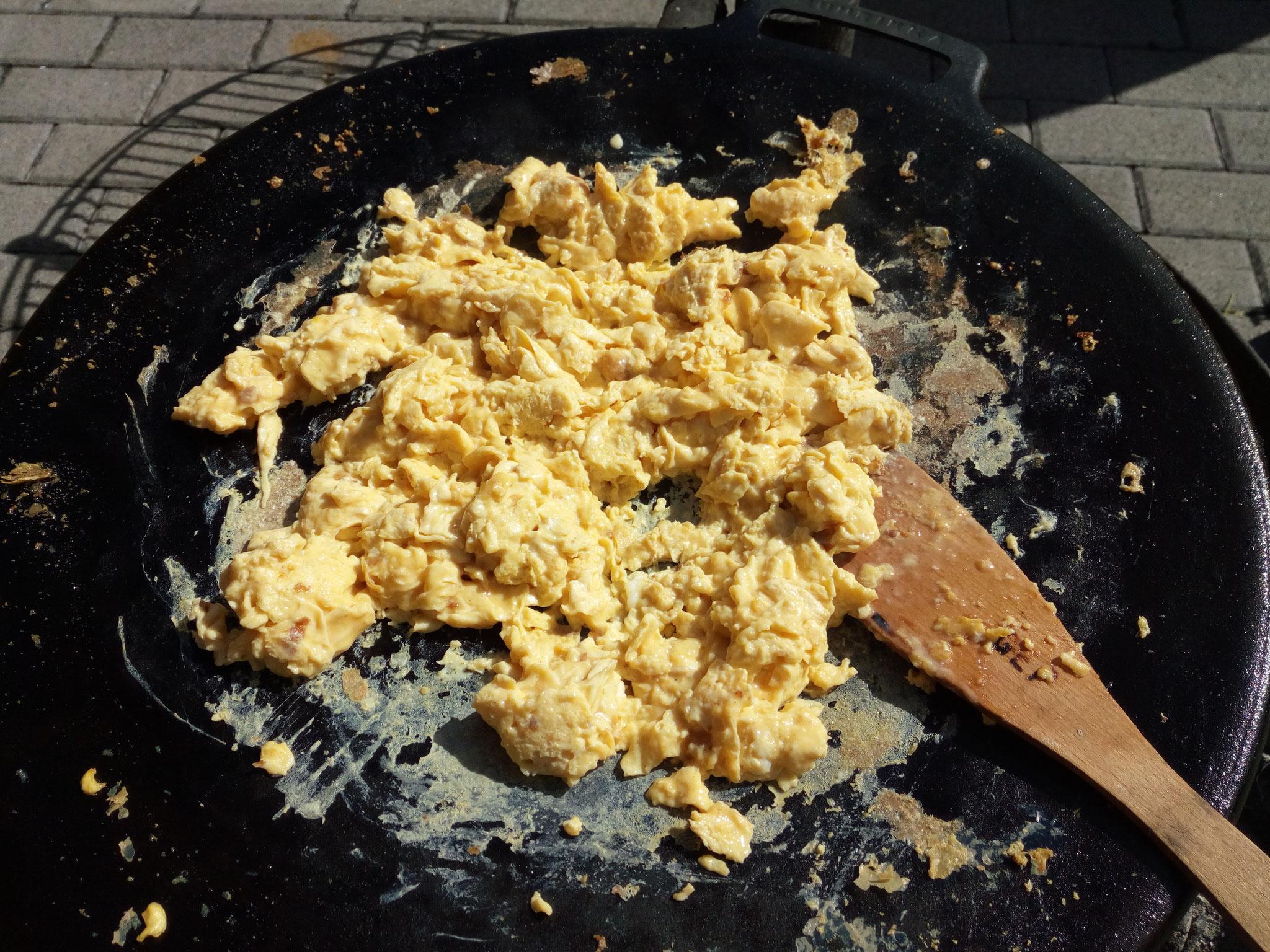 Frühstück mit Rührei von der Muurikka.