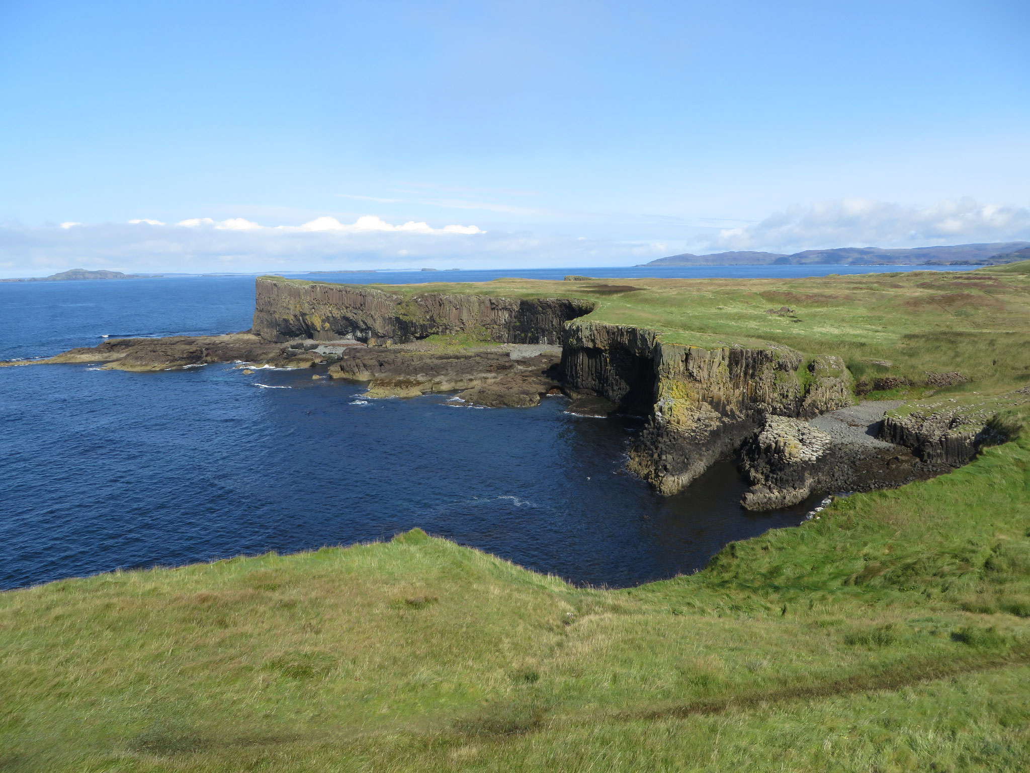 Auf Staffa Island
