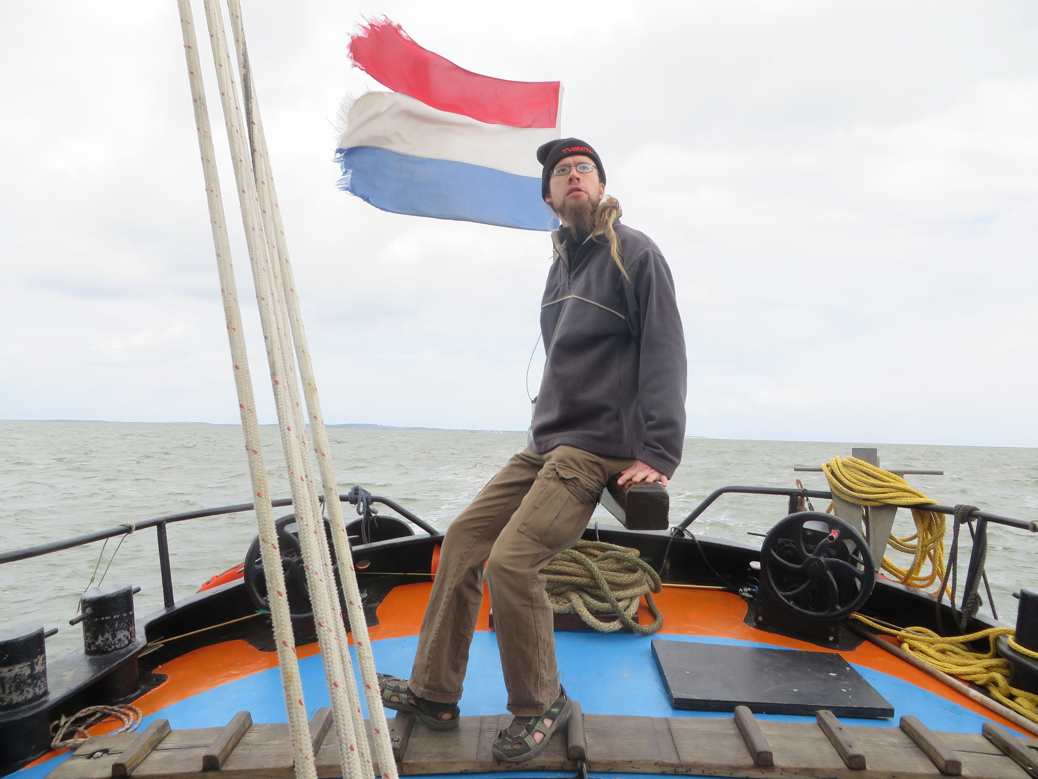 Auf dem Plattbodensegelschiff Ouderzorg im niederländischen Wattenmeer 2014