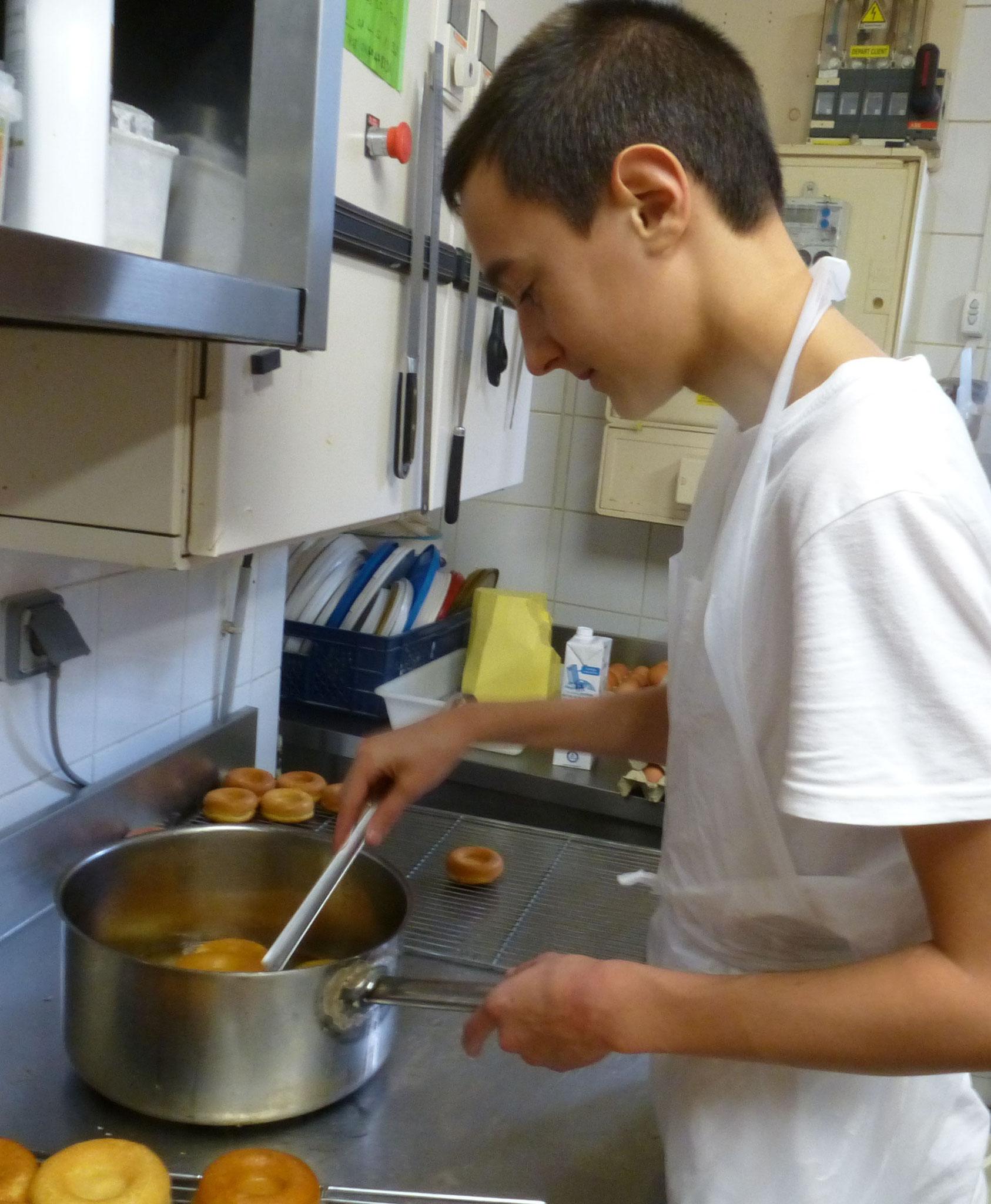 Antonin, 2ème année CAP Pâtisserie.