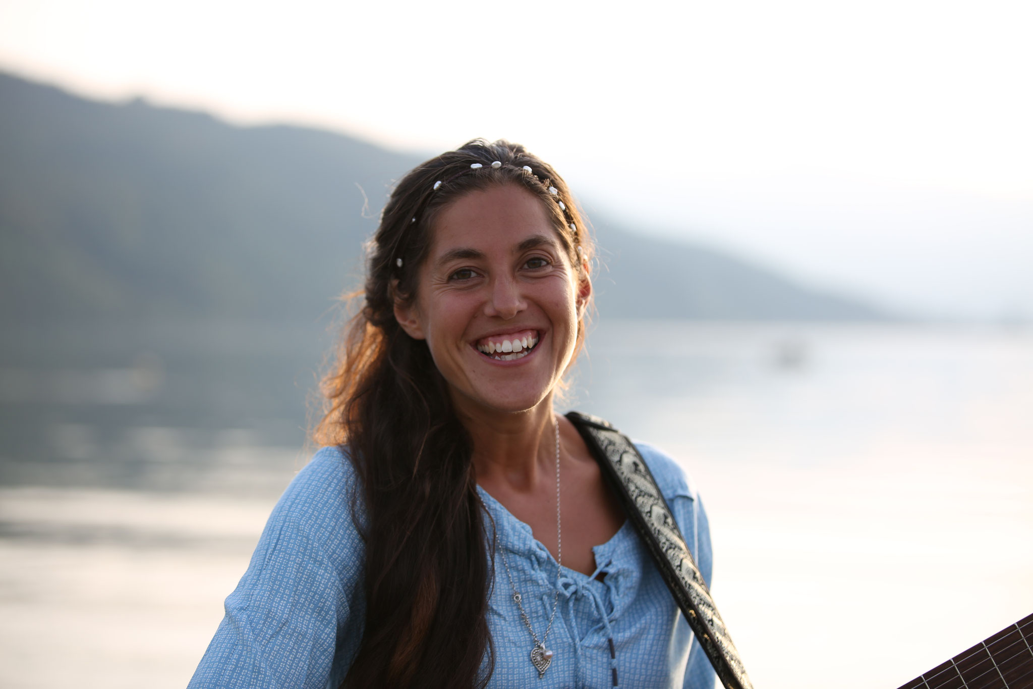 Eva Luna Benedetti: www.almerim.ch