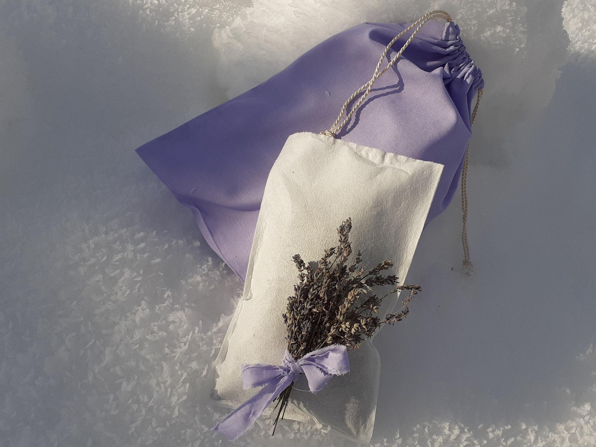 Lavendelblüten-Bad