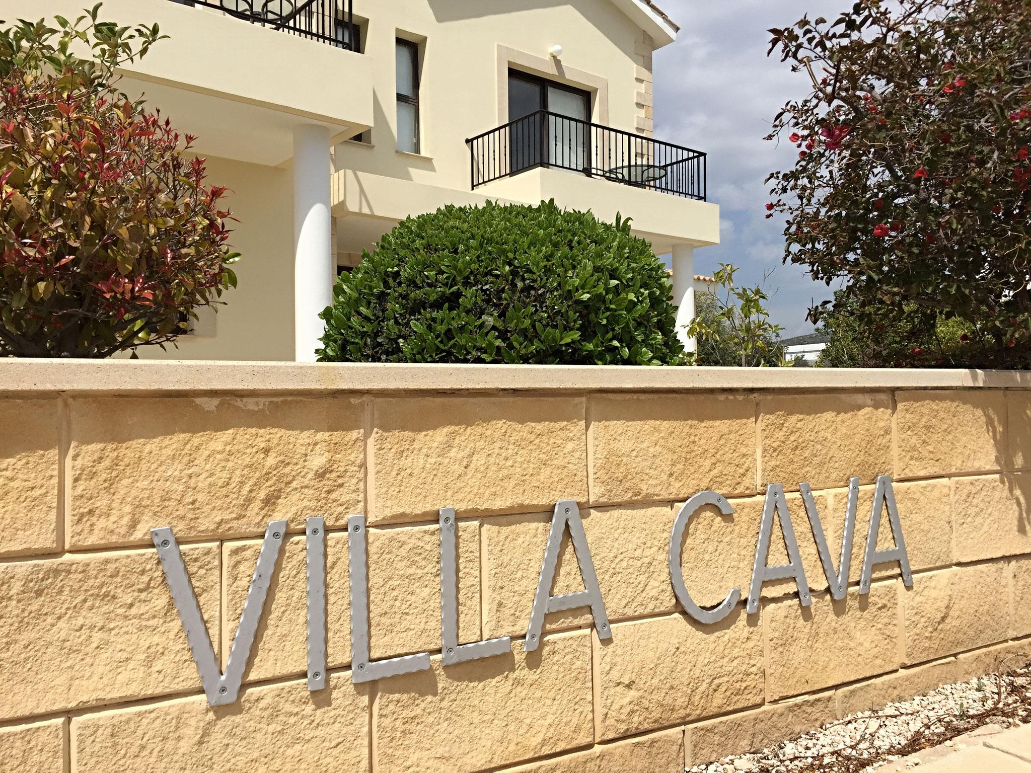 Treten Sie ein villa cavas Webseite