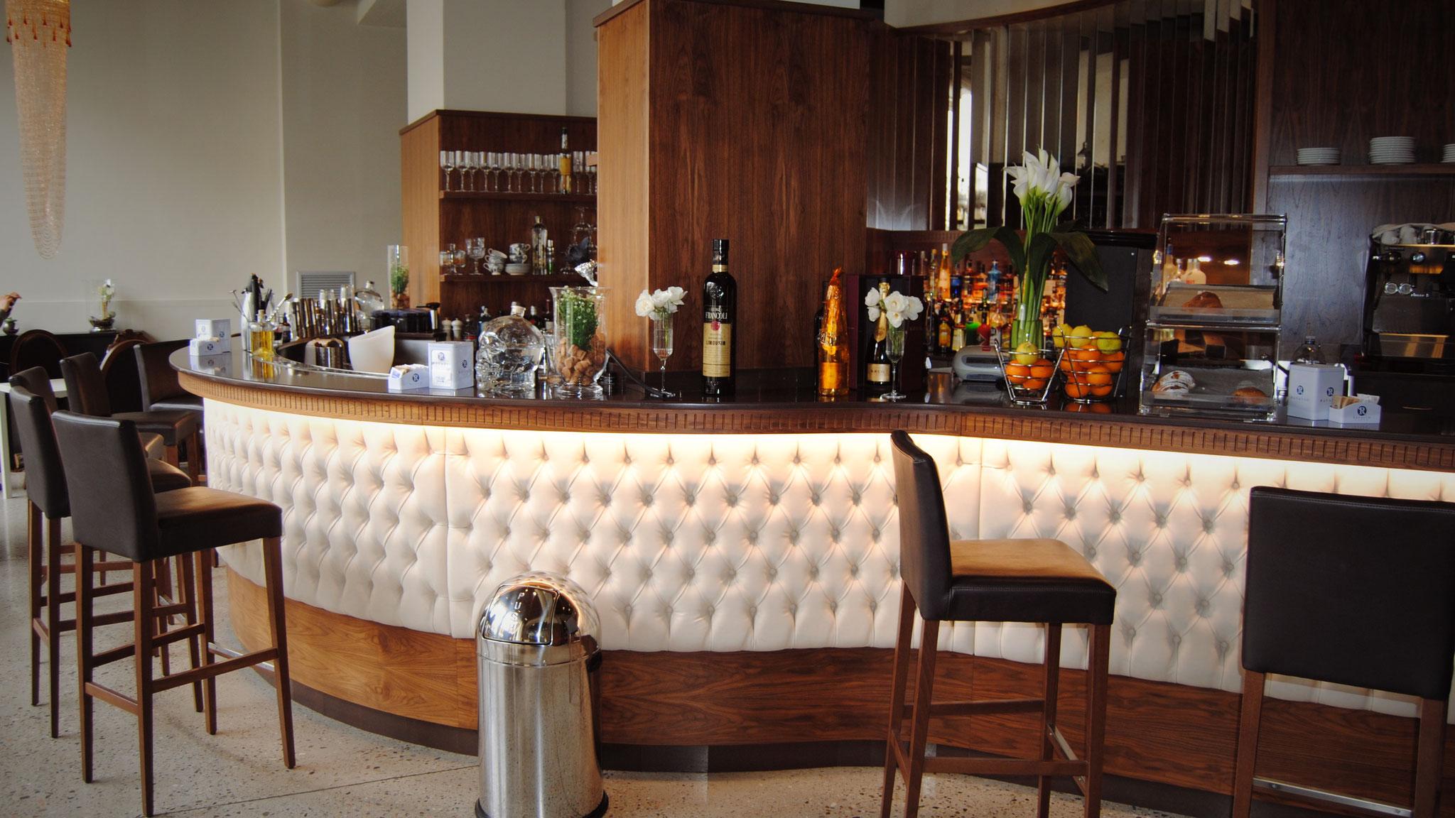 Arredamento Bar Elegante