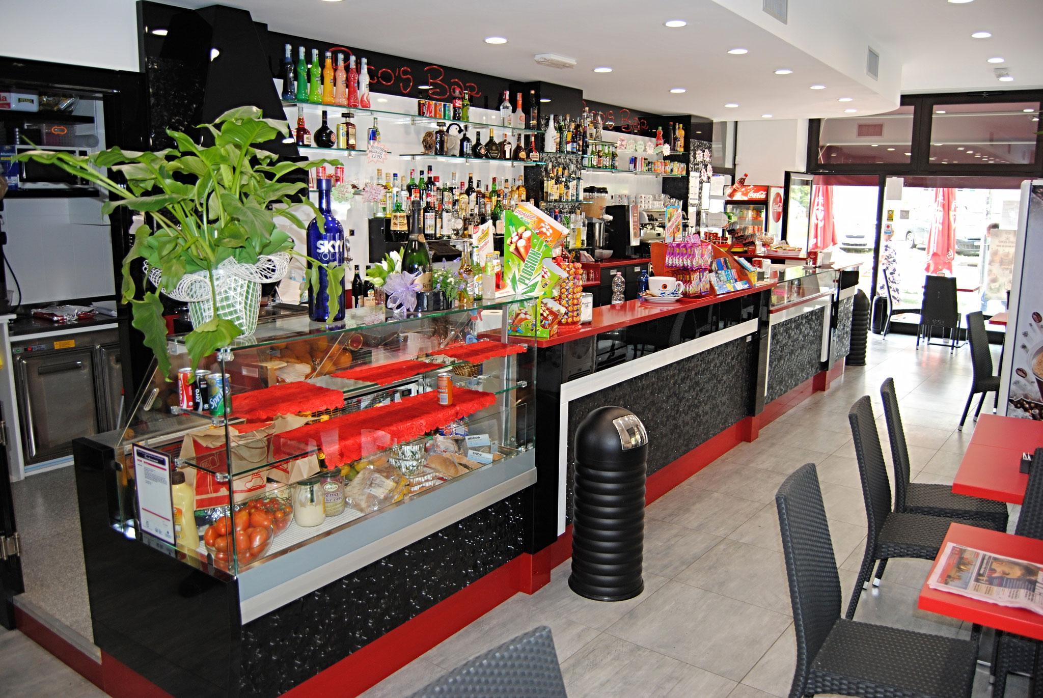 Arredamento Bar Moderno