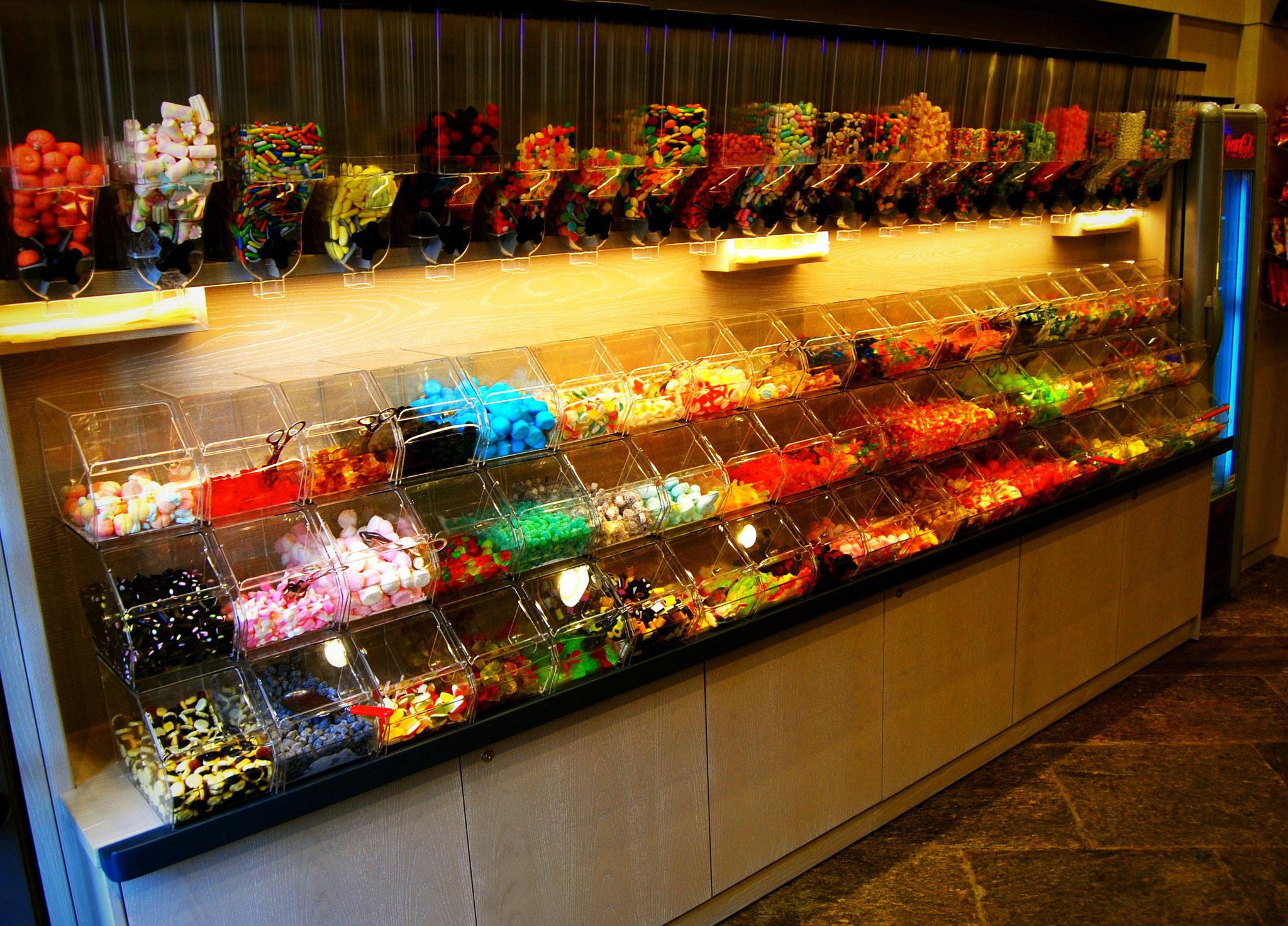 arredamenti per bar - arredamenti per tabaccherie a milano, como ... - Arredamento Moderno Tabaccheria