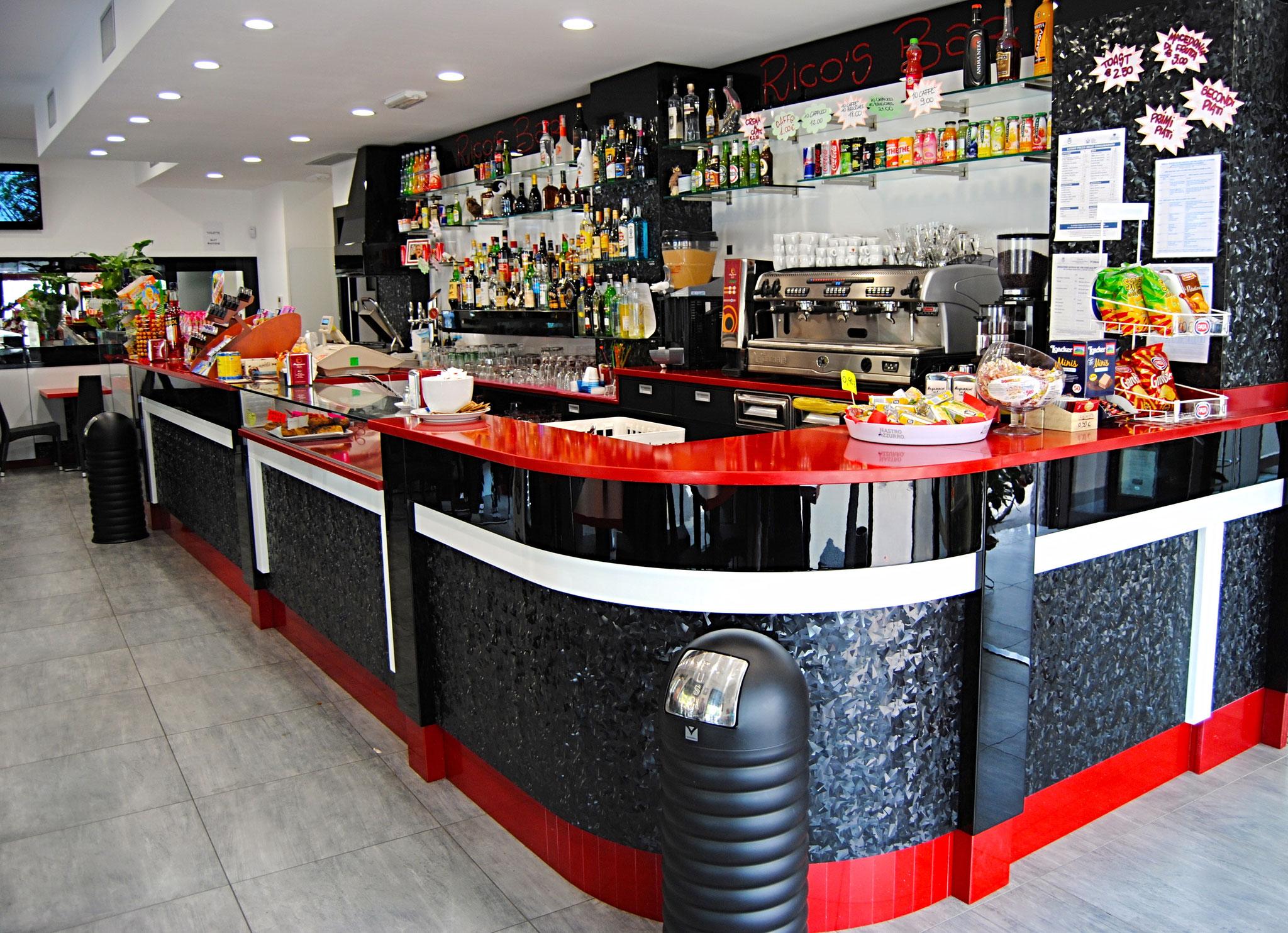 Arredamenti Per Bar Arredamenti Per Tabaccherie A Milano