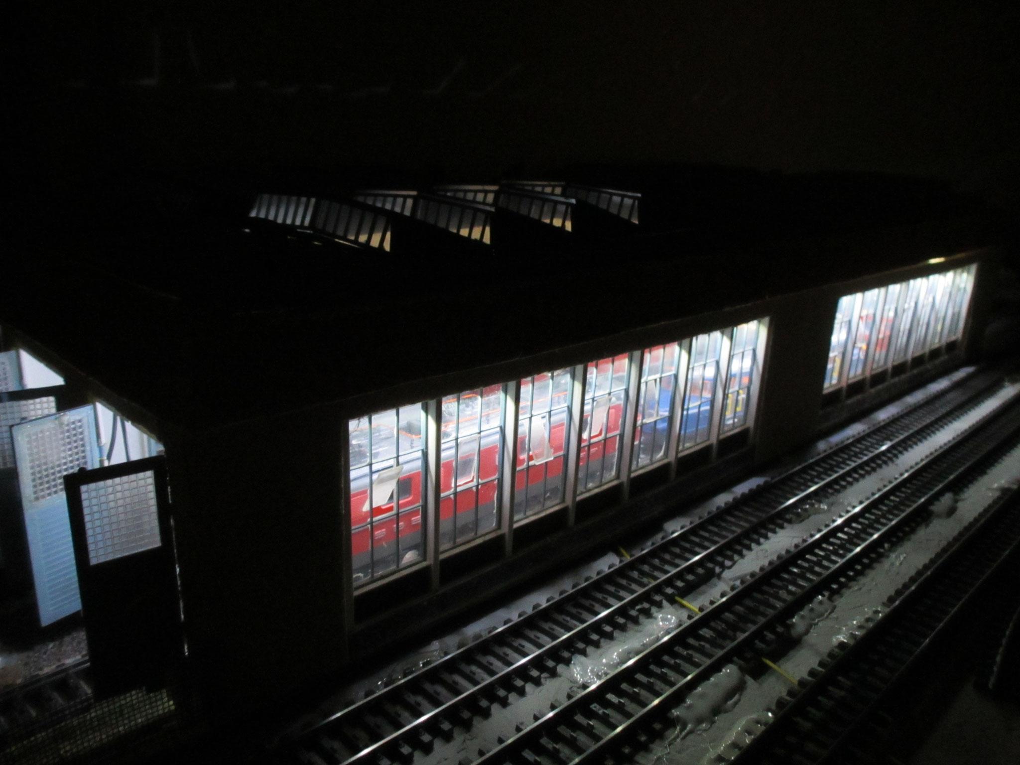 Depot Beleuchtung mit KELLTEC kaltweiss / neonweiss LED Stäben