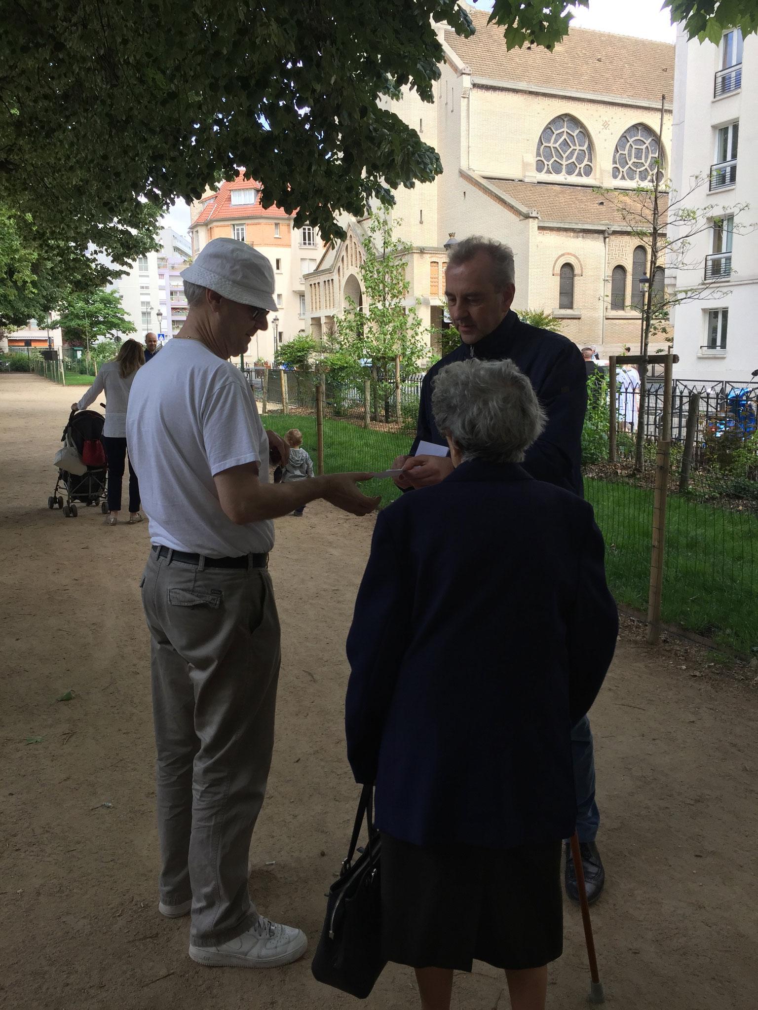 Rencontre avec les familles - Jardin public 15è - François POTIÉ LUSSIGNY - Paris 12è Circ