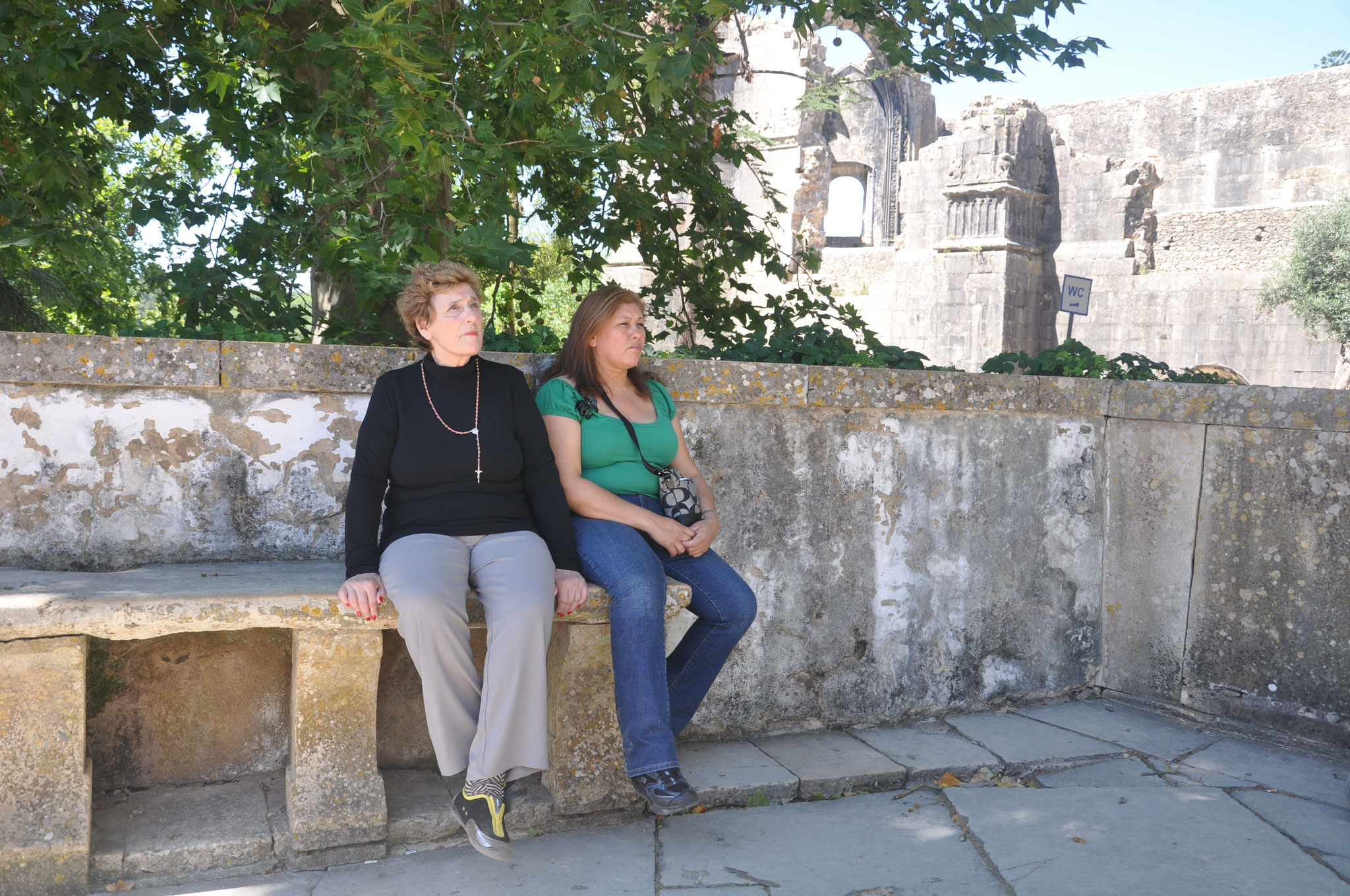 En la muralla del Convento de Cristo, Tomar, fundado por los Caballeros Templarios