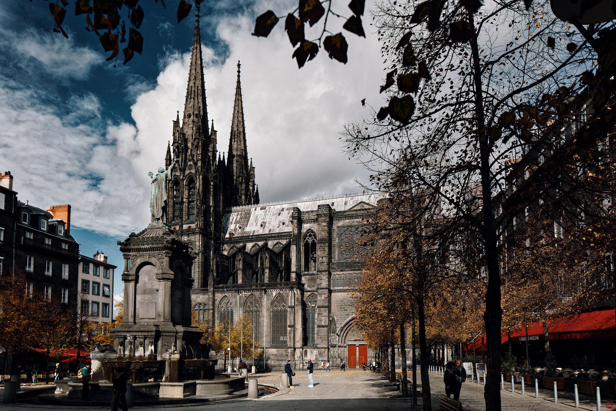 Cathédrale Notre-Dame-de-l'Assomption, Clermont-Ferrand, octobre 2019