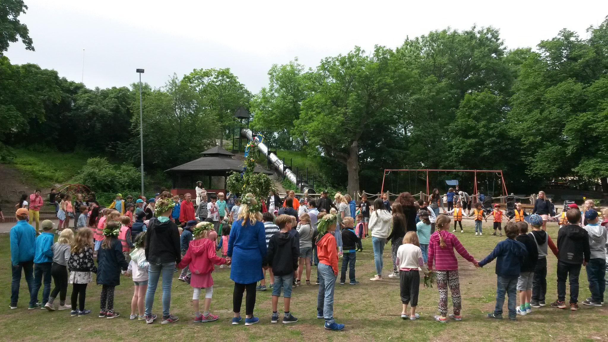 Midsommar-Feier in Schweden