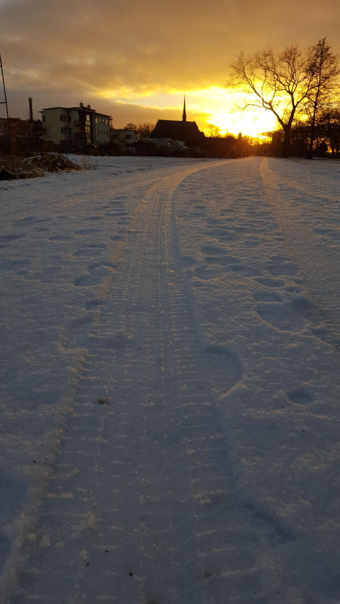 Sonnenuntergang im winterlichen Vadstena