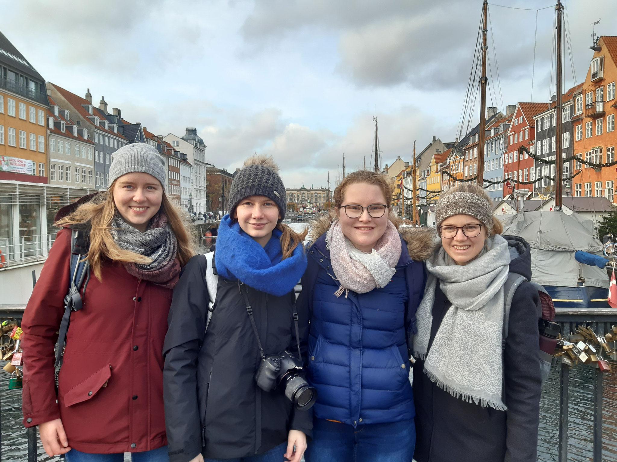 Anna mit ihren Mitpraktikantinnen in Kopenhagen
