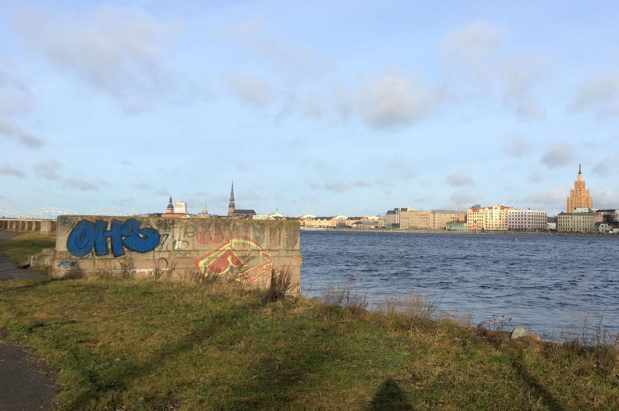 Flussufer der Daugava