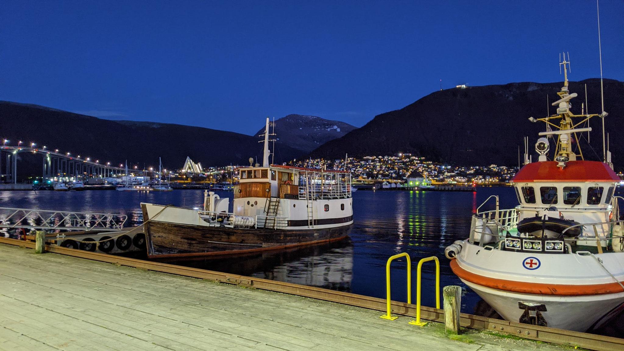 Der Hafen von Tromsø am Nachmittag