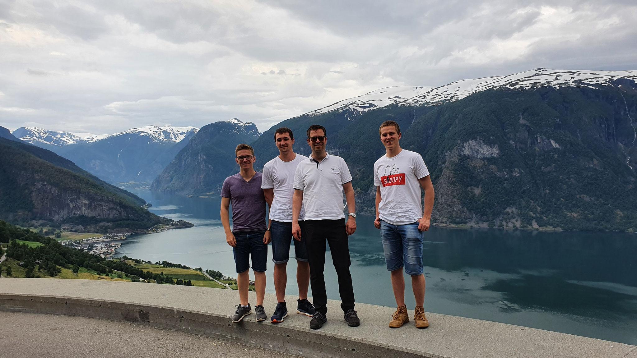 Abschlussfahrt entlang des Sognefjord