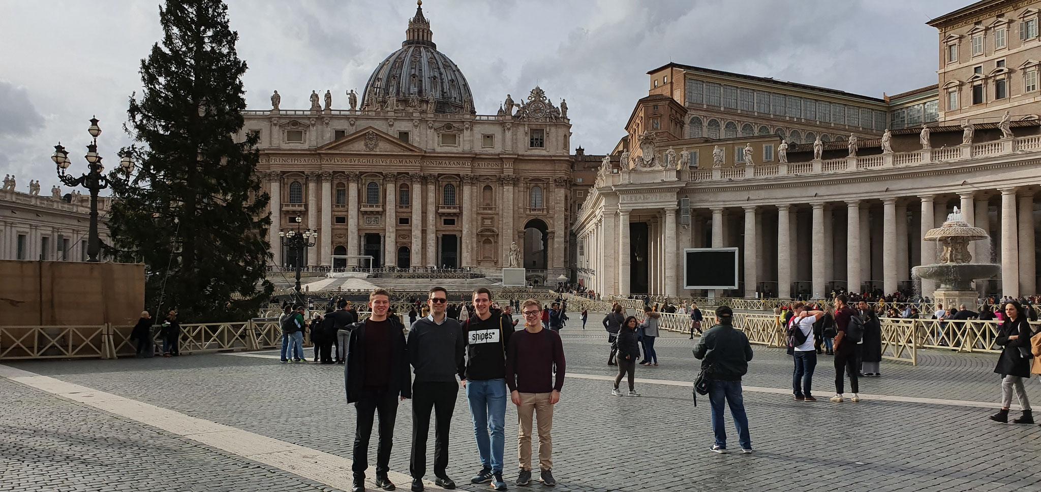 Reise nach Rom mit den Mitpraktikanten Phillip und Lasse und dem Mentor Pater Lukas
