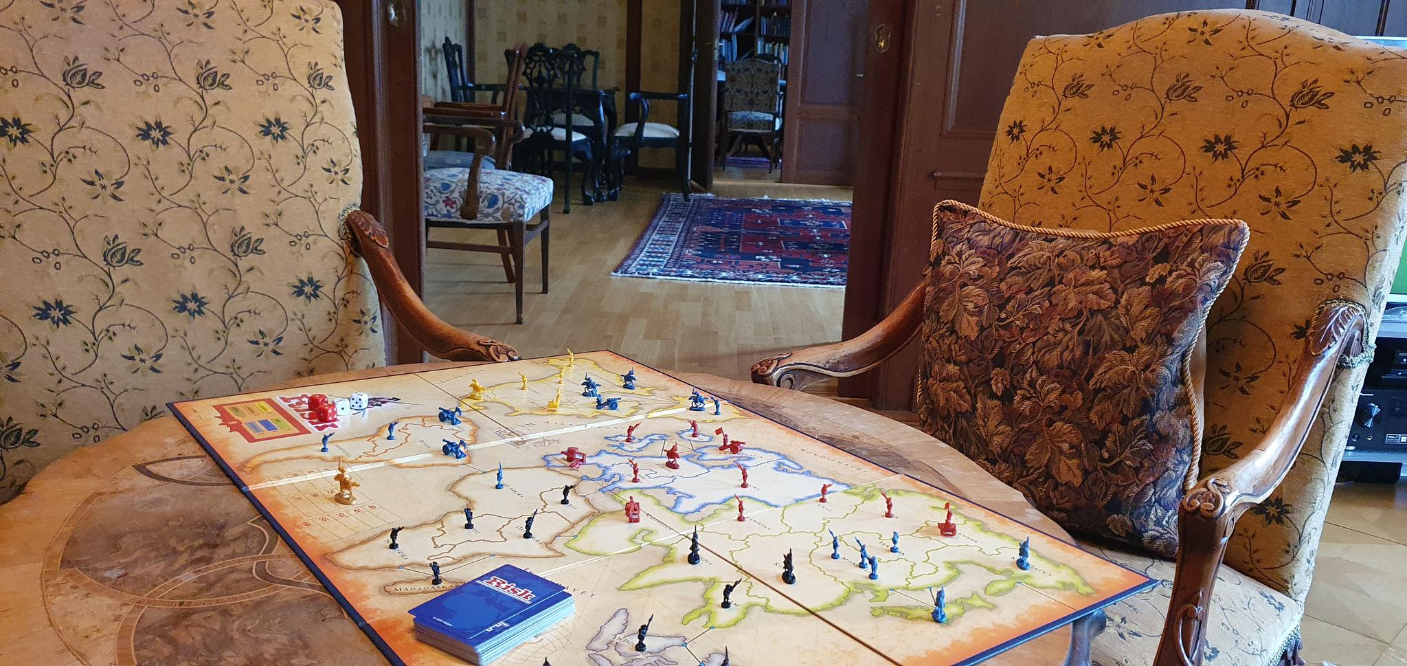 Spannender Spielabend im Salon