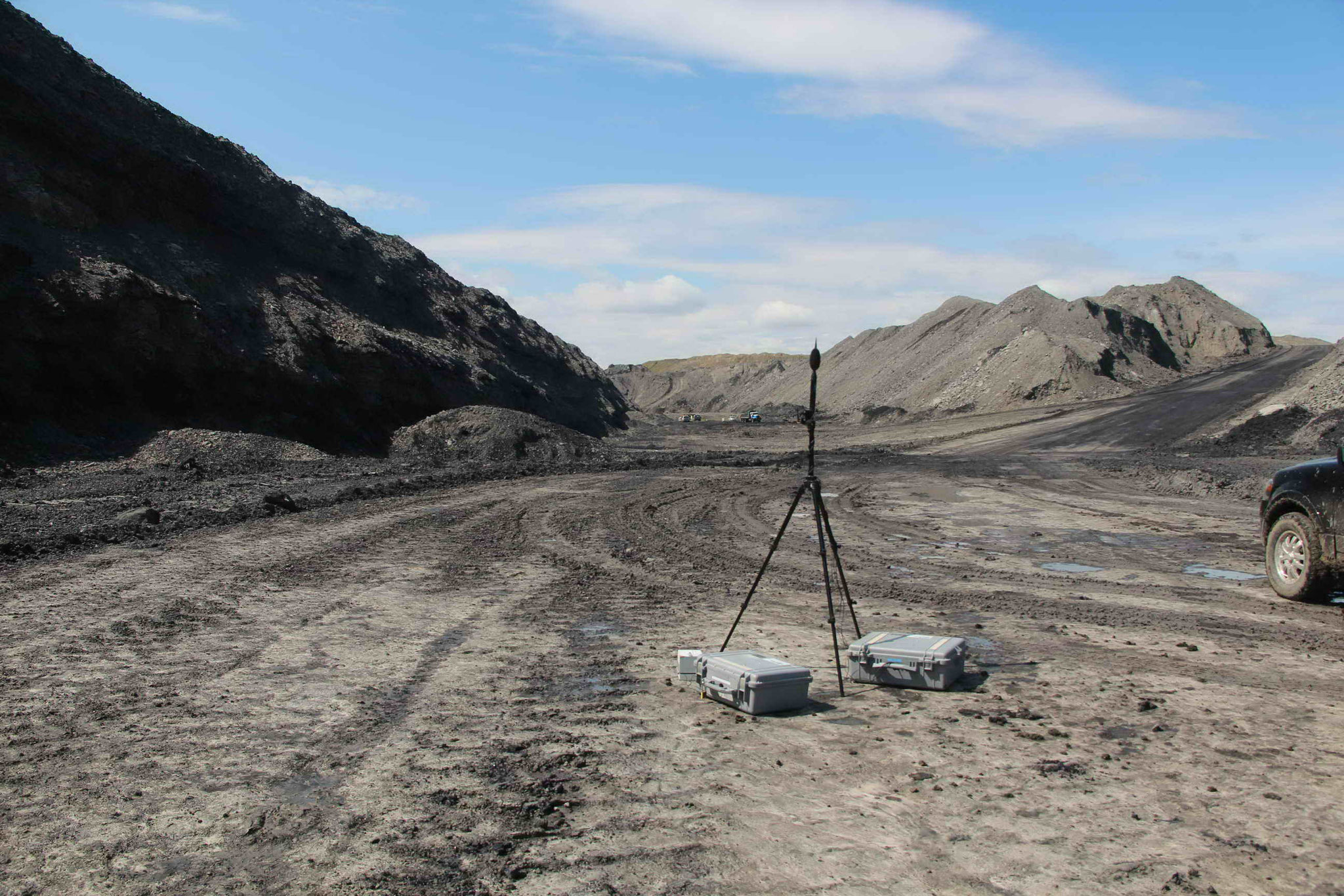 Noise and Vibration Monitor at Coal Mine During Blasting