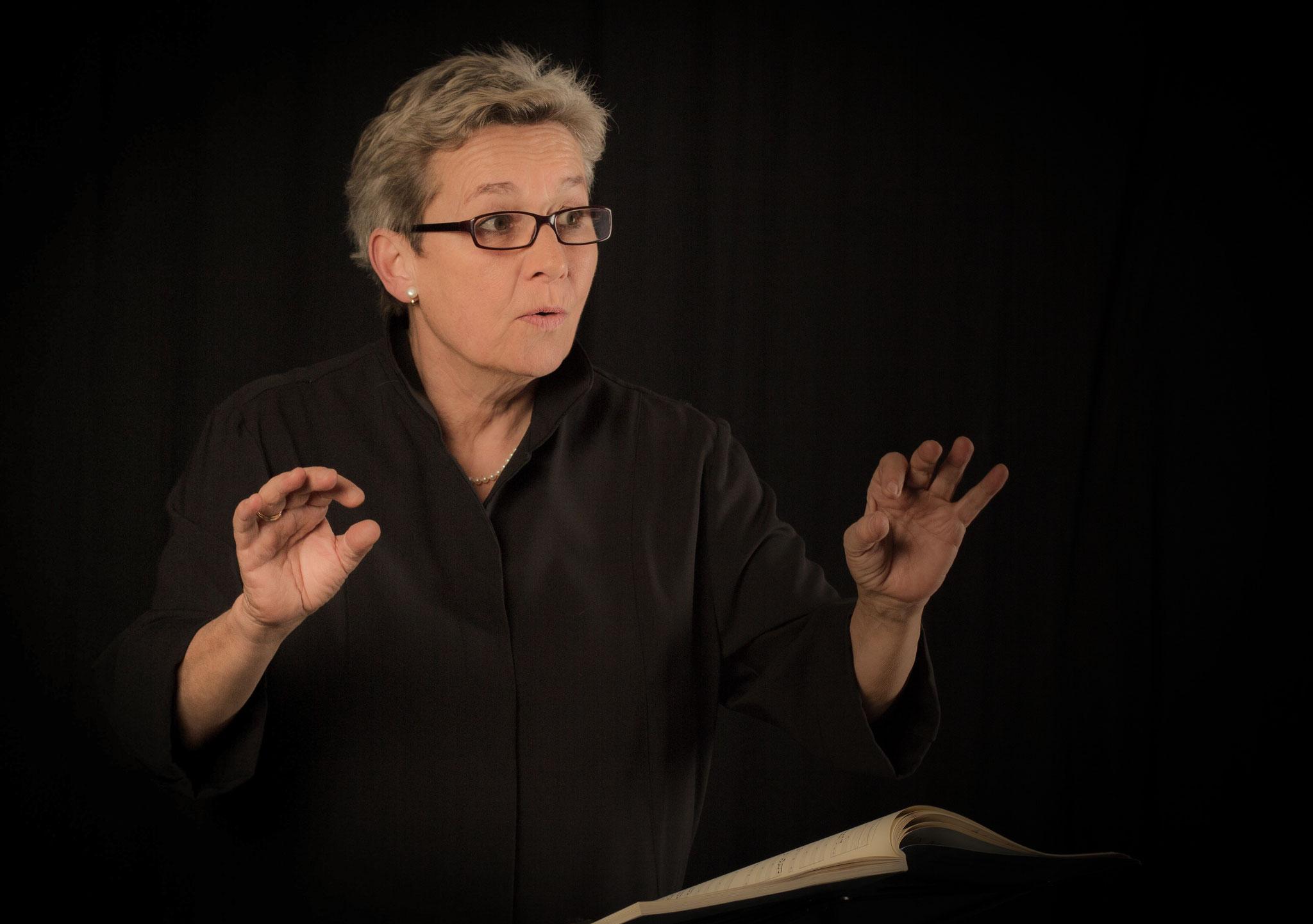 Michi GAIGG, Dirigentin