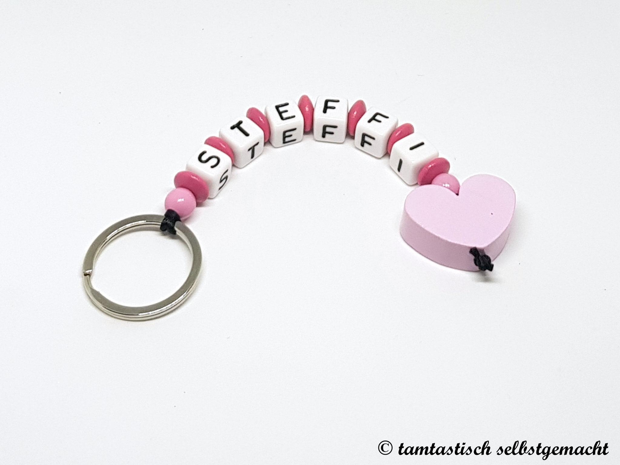 Schlüsselanhänger mit Namen - Herz rosa - personalisierbar
