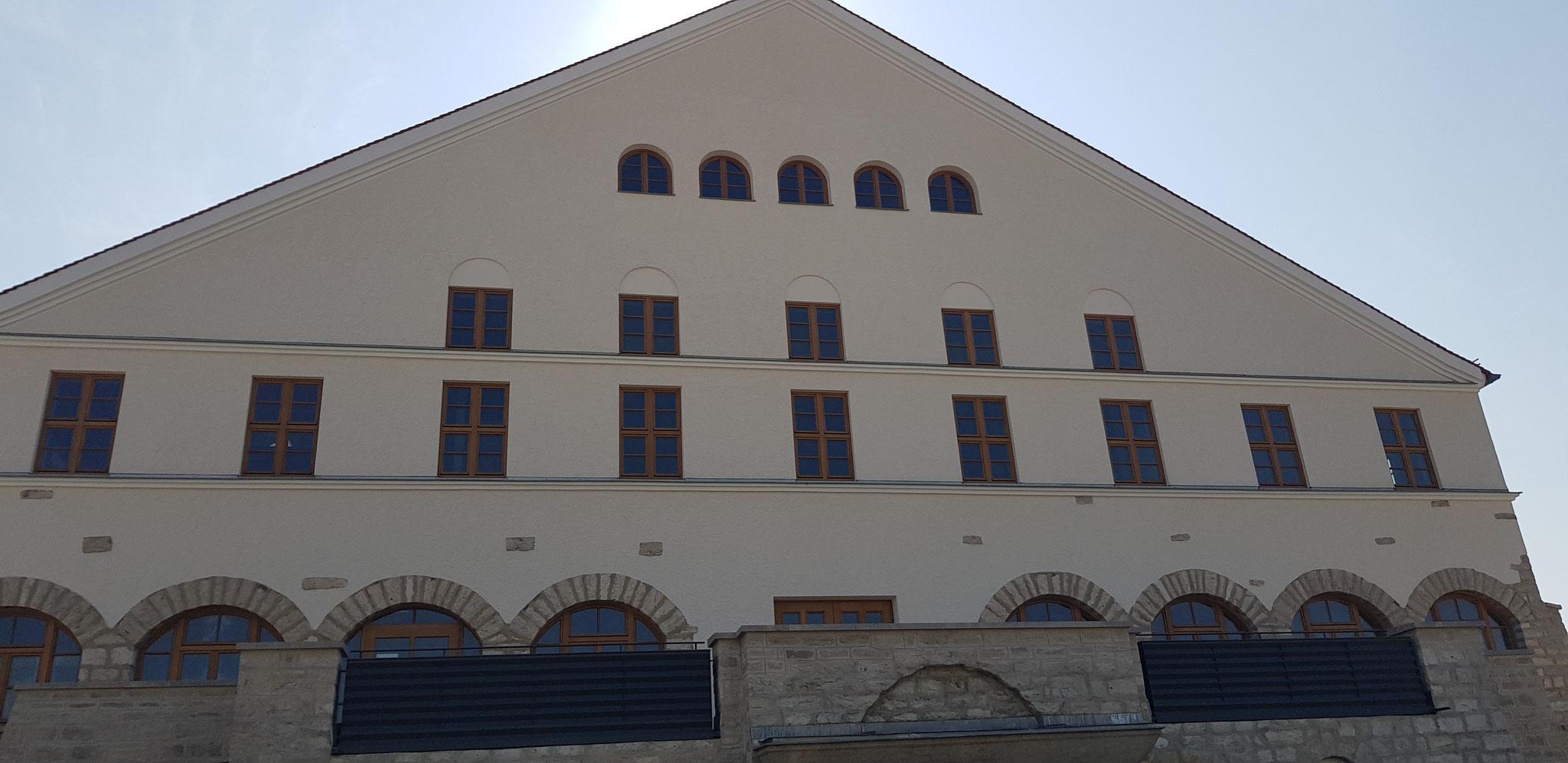 Baustelle in Neumarkt, Außenputz und Malerarbeiten 2018