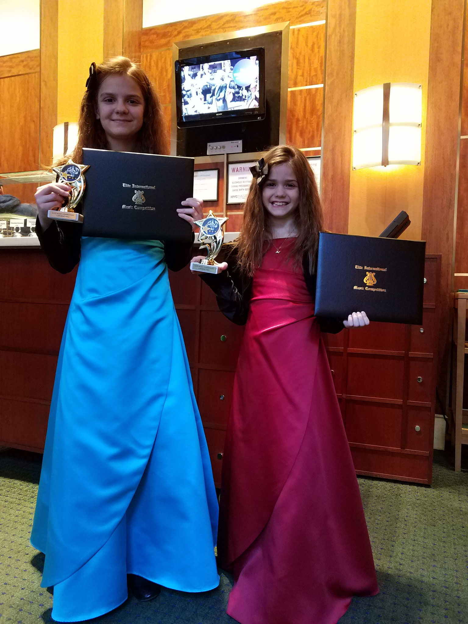 ANNA AND ELISA PLANO WON THE ELITE INTERNATIONAL PIANO COMPETITION - PIANO SOLO & PIANO 4 HANDS