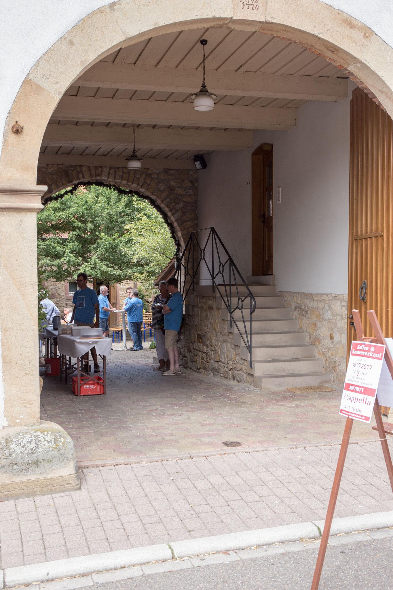 Eingang zum Rathausnebengebäude
