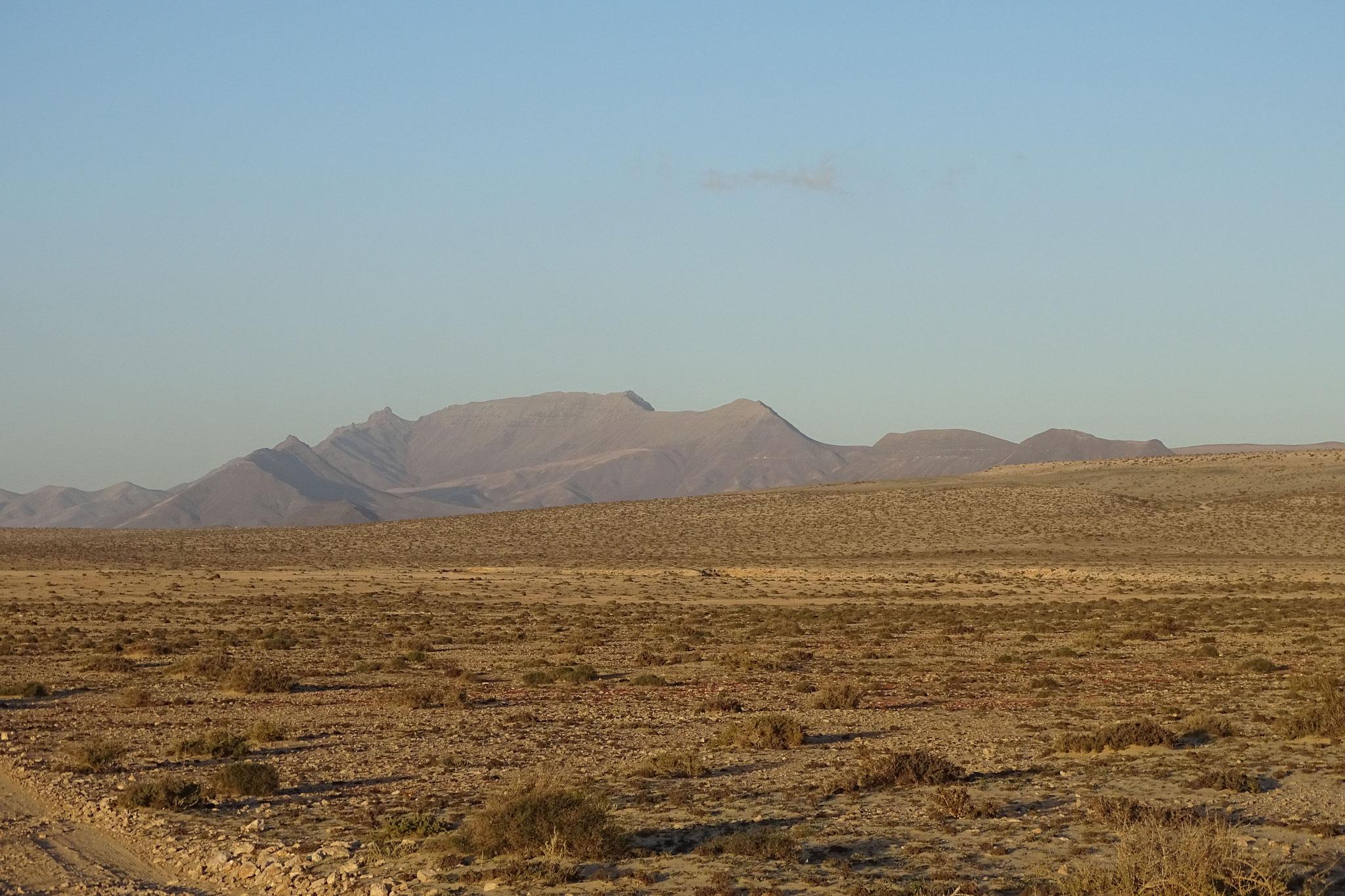 Auf den ersten Blick wirkt die Landschaft nicht sehr einladend, die verborgenen Juwelen gilt es zu entdecken