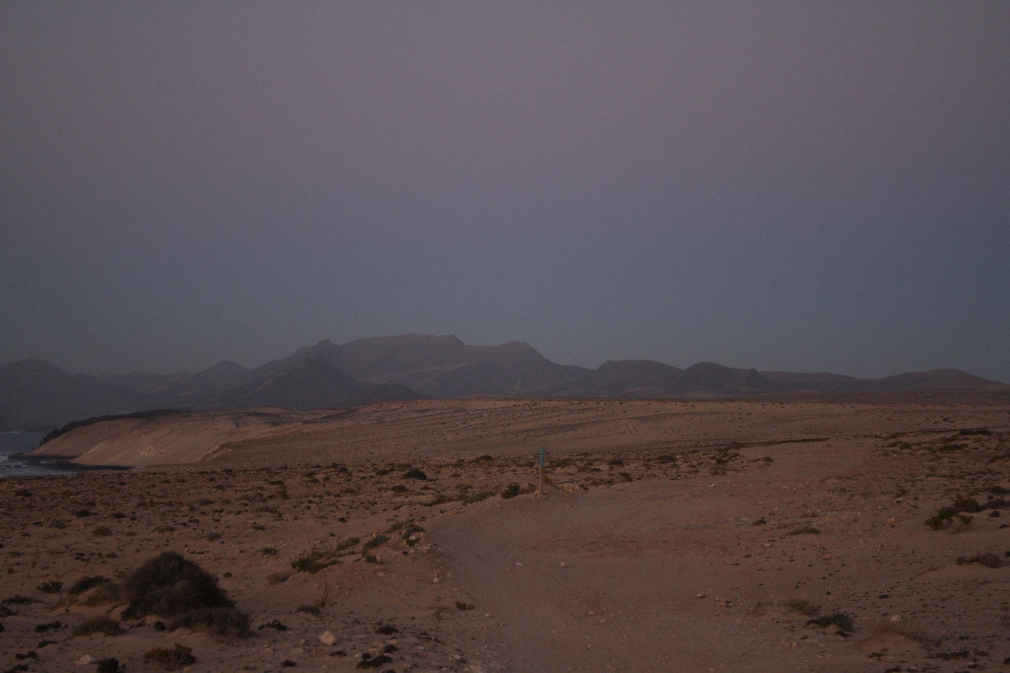 Die Jandia-Wüste kurz vor dem Eindunkeln ...