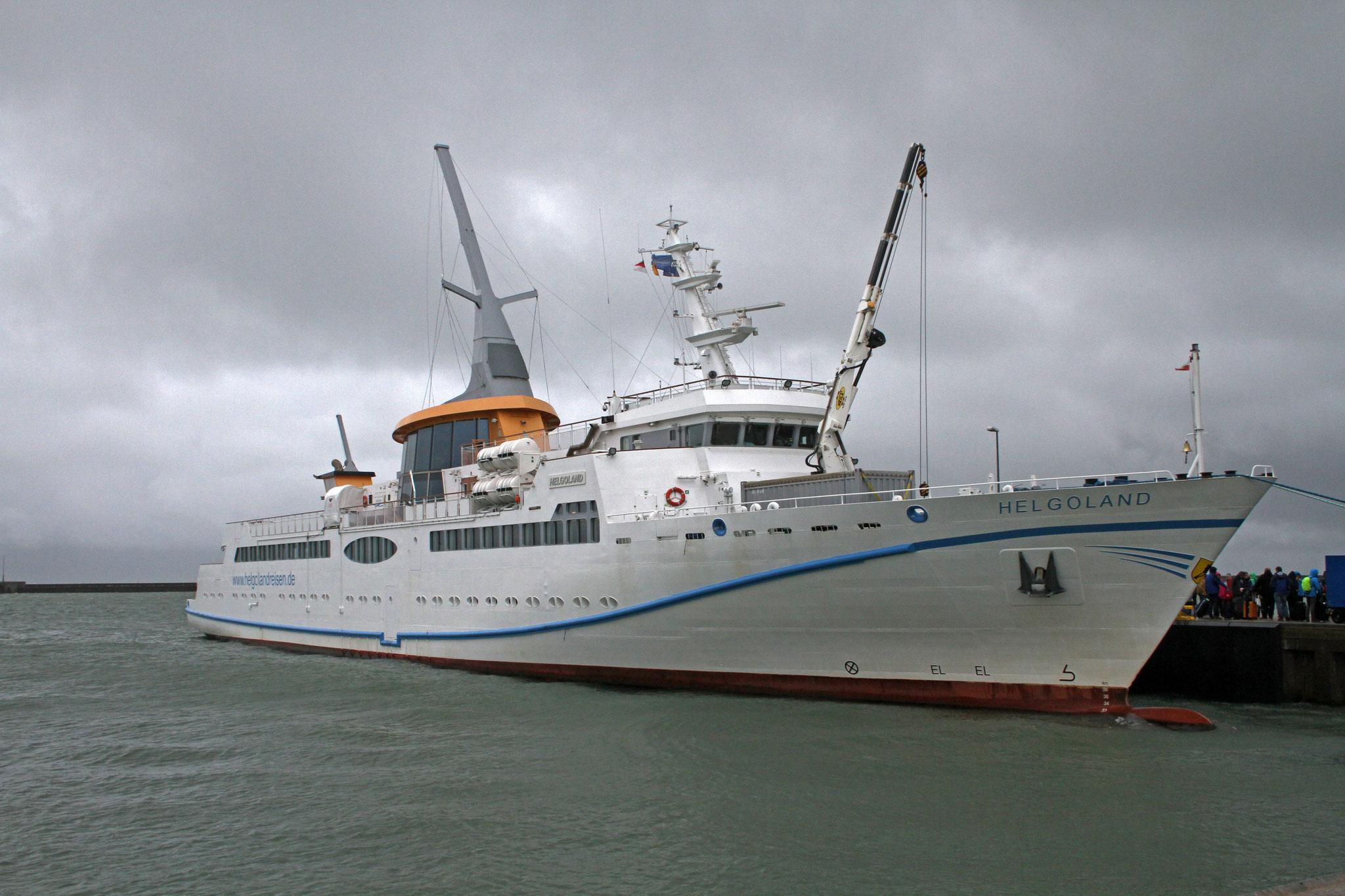 Statt mit dem Halunderjet nach Hamburg, der nicht mehr auslaufen konnte, mussten wir für die Rückreise auf die grosse Fähre nach Cuxhaven ausweichen