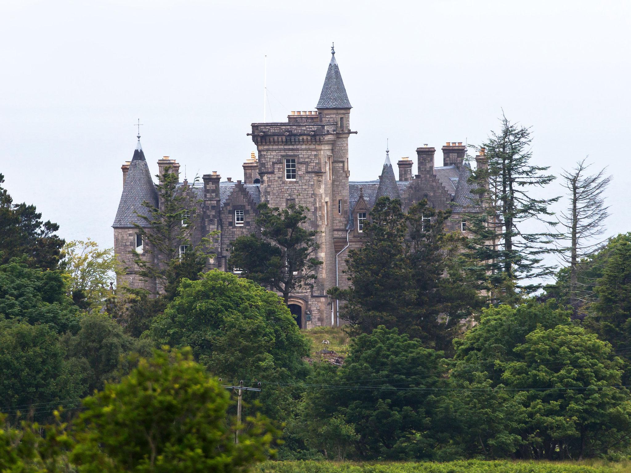 Impressionen: Schlossromantik vermittelt das Glengorm Castle, eine Nobelherberge
