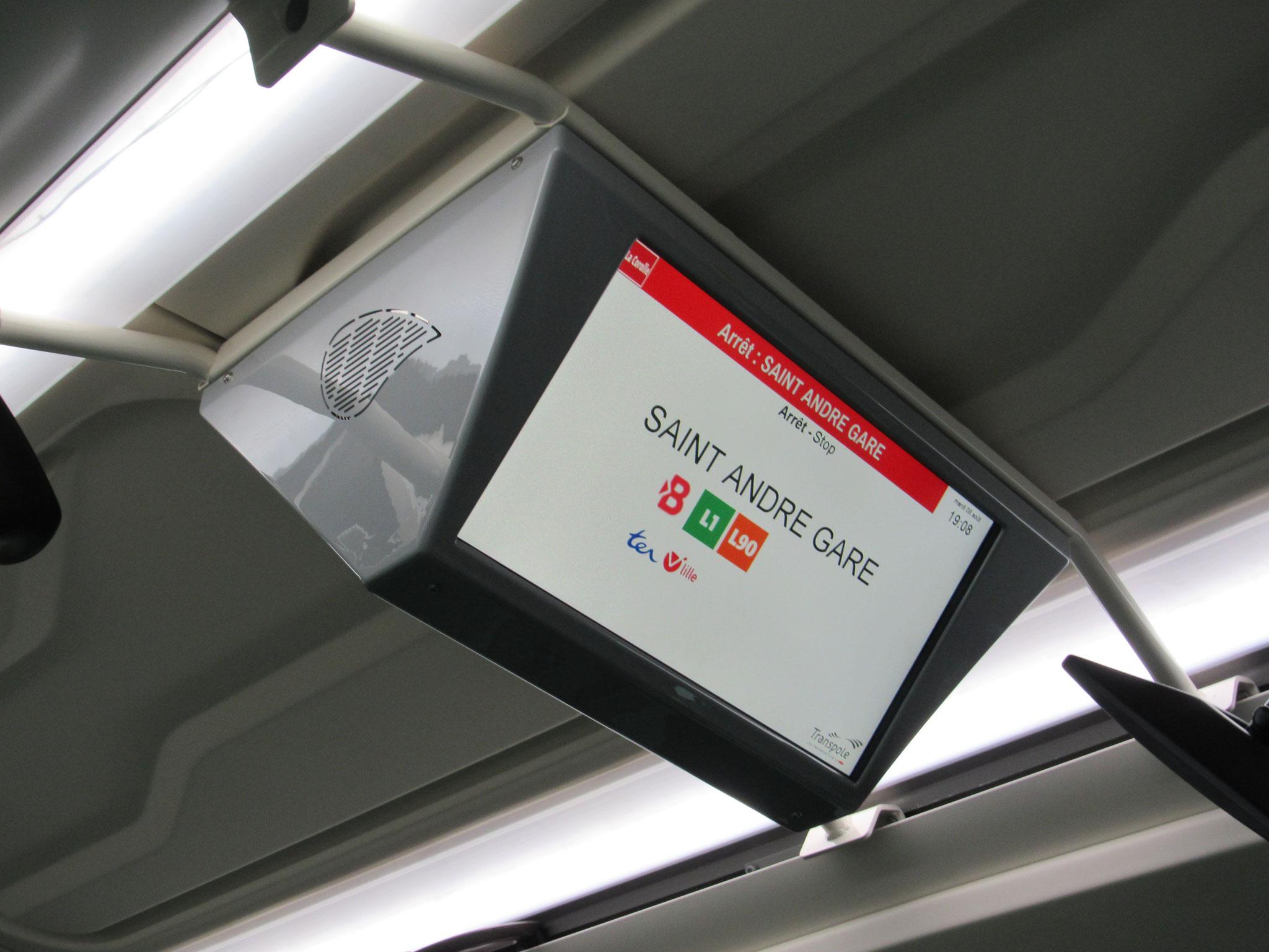 Écran Ineo présent dans le bus 10414 - déjà présent sur les derniers Citelis 18 GNV de 2013